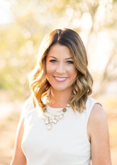 Heather-Hoesch-Partner-Principal-Planner-395x555.jpg