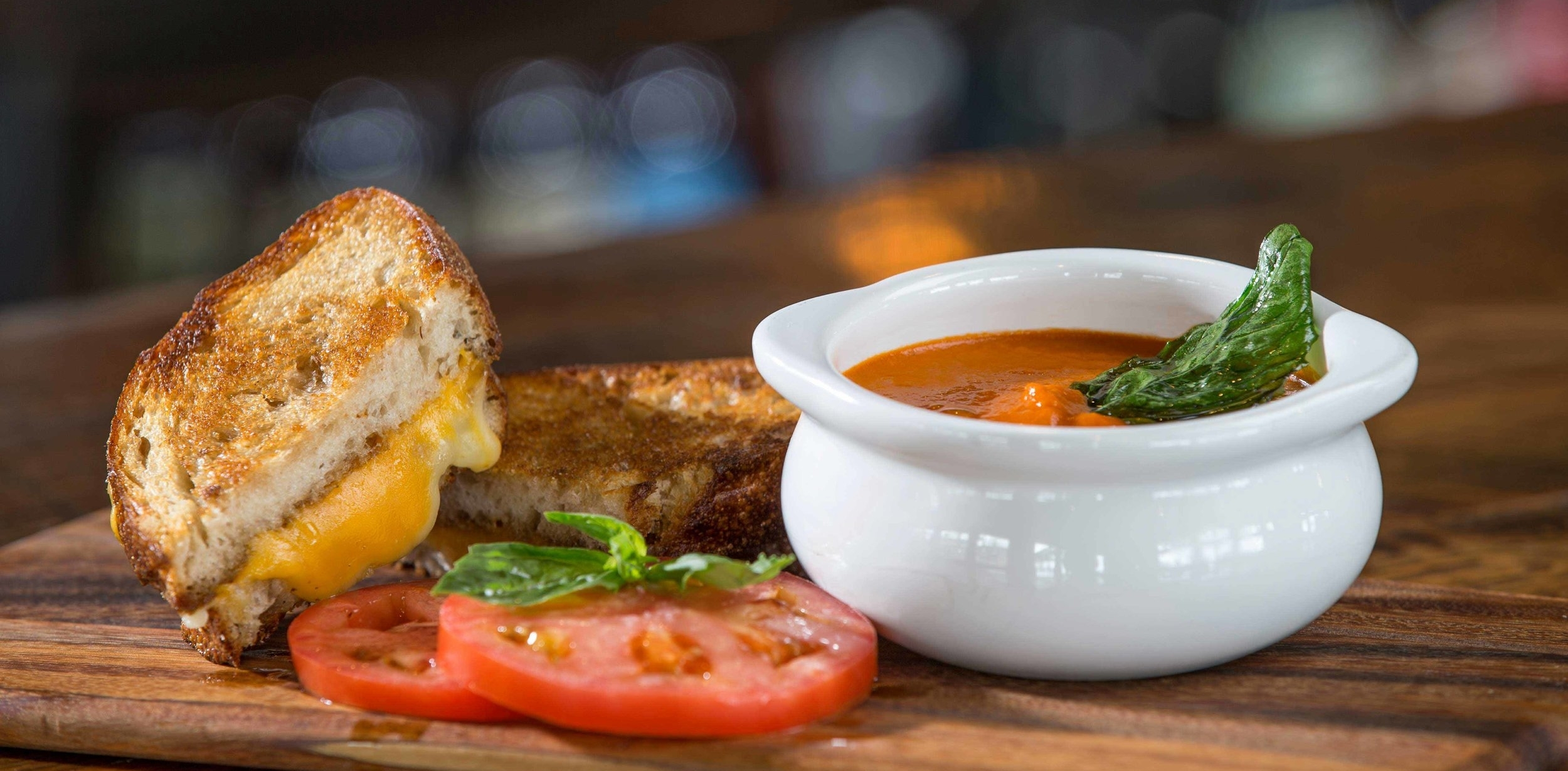 Highlands-Alehouse-Awesome-Grilled-Cheese.jpg