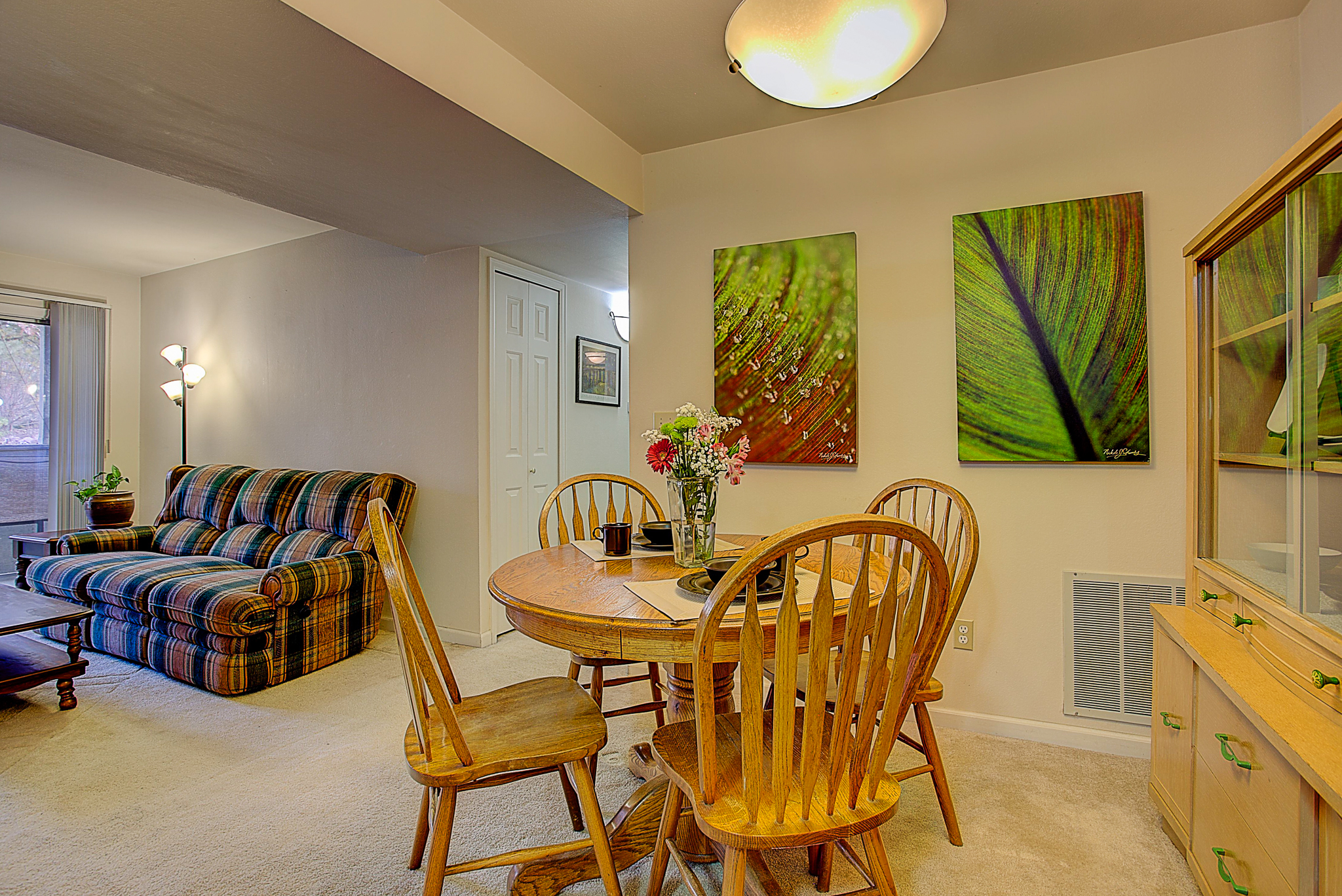 4670 White Rock Circle Unit 7_Nook-LivingRoom.JPG