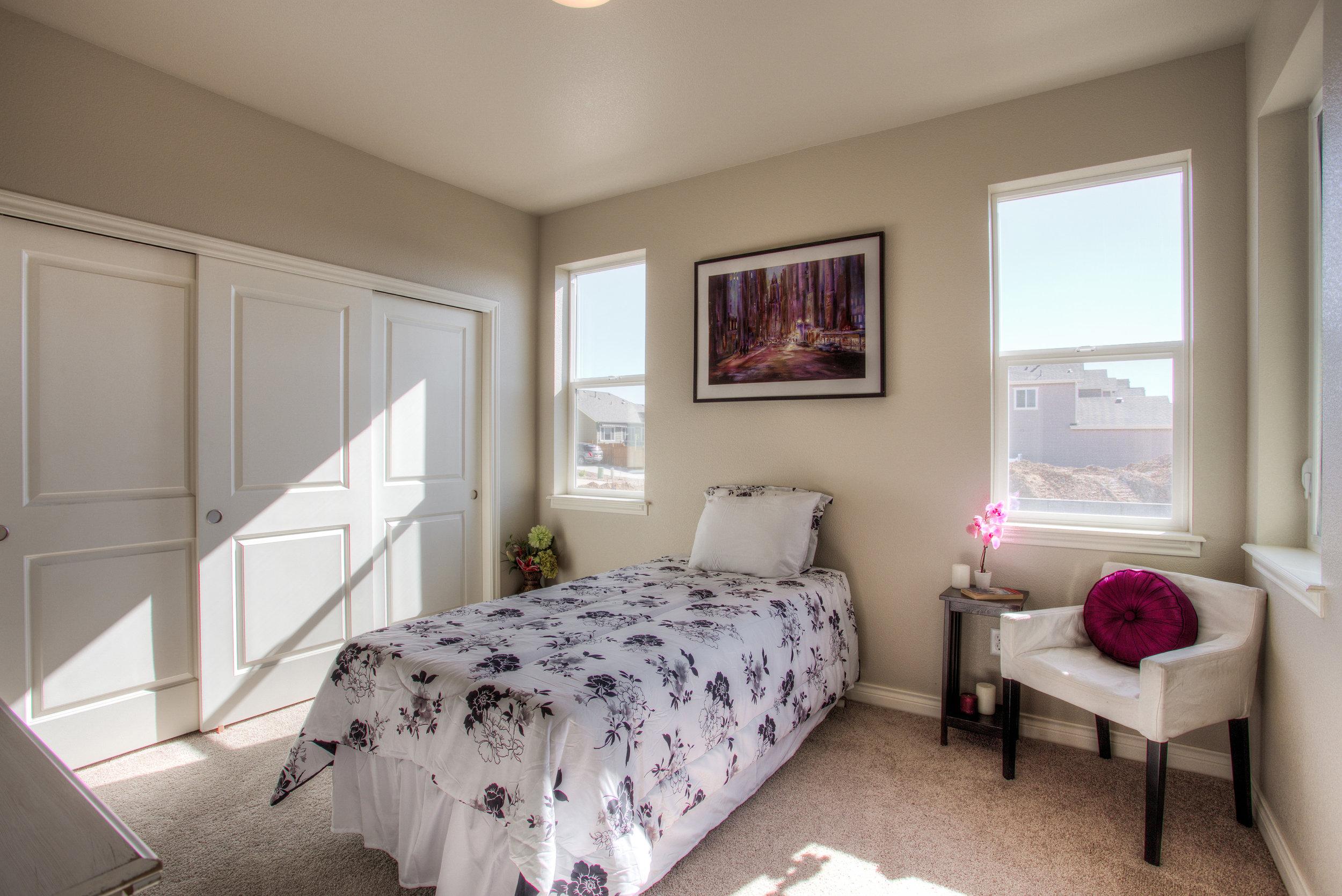 1606 Mount Meeker Ave_04_Bedroom02.jpg