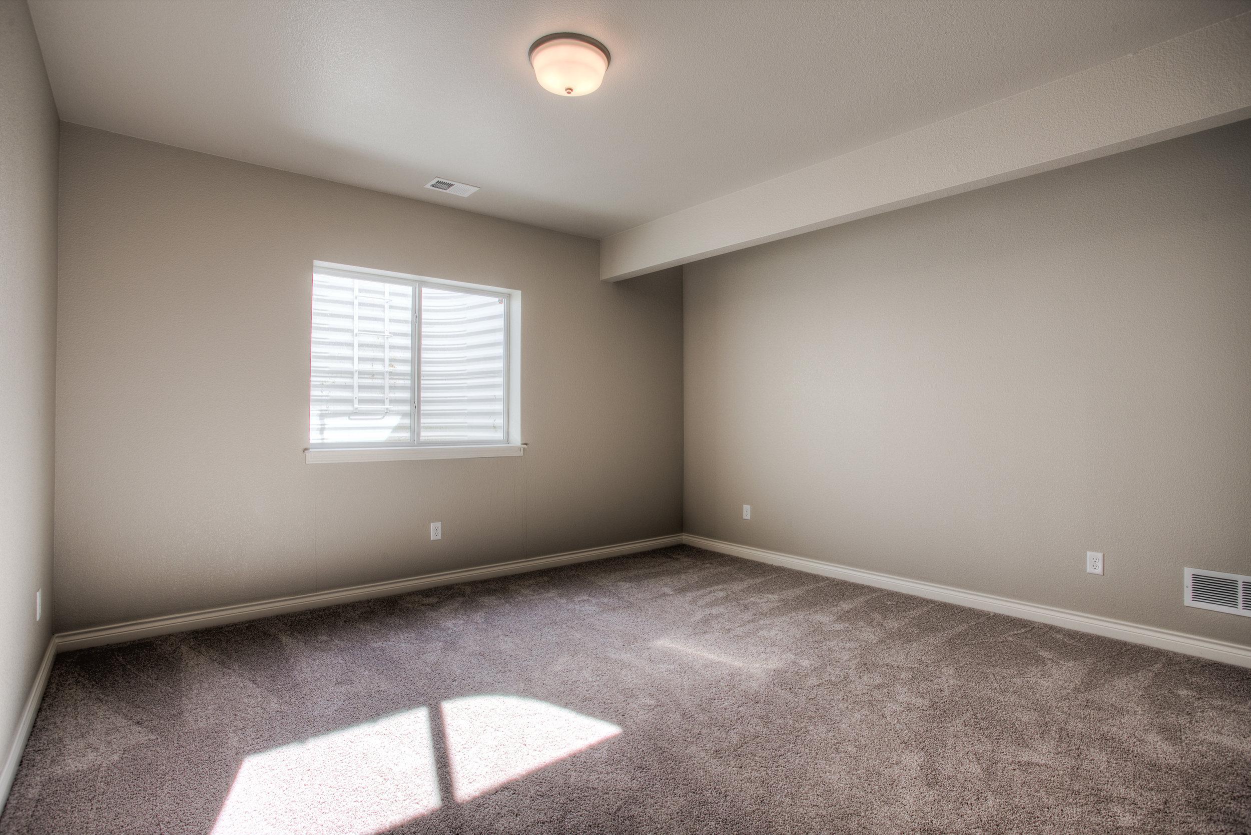 1606 Mount Meeker Ave_22_Bedroom04.jpg