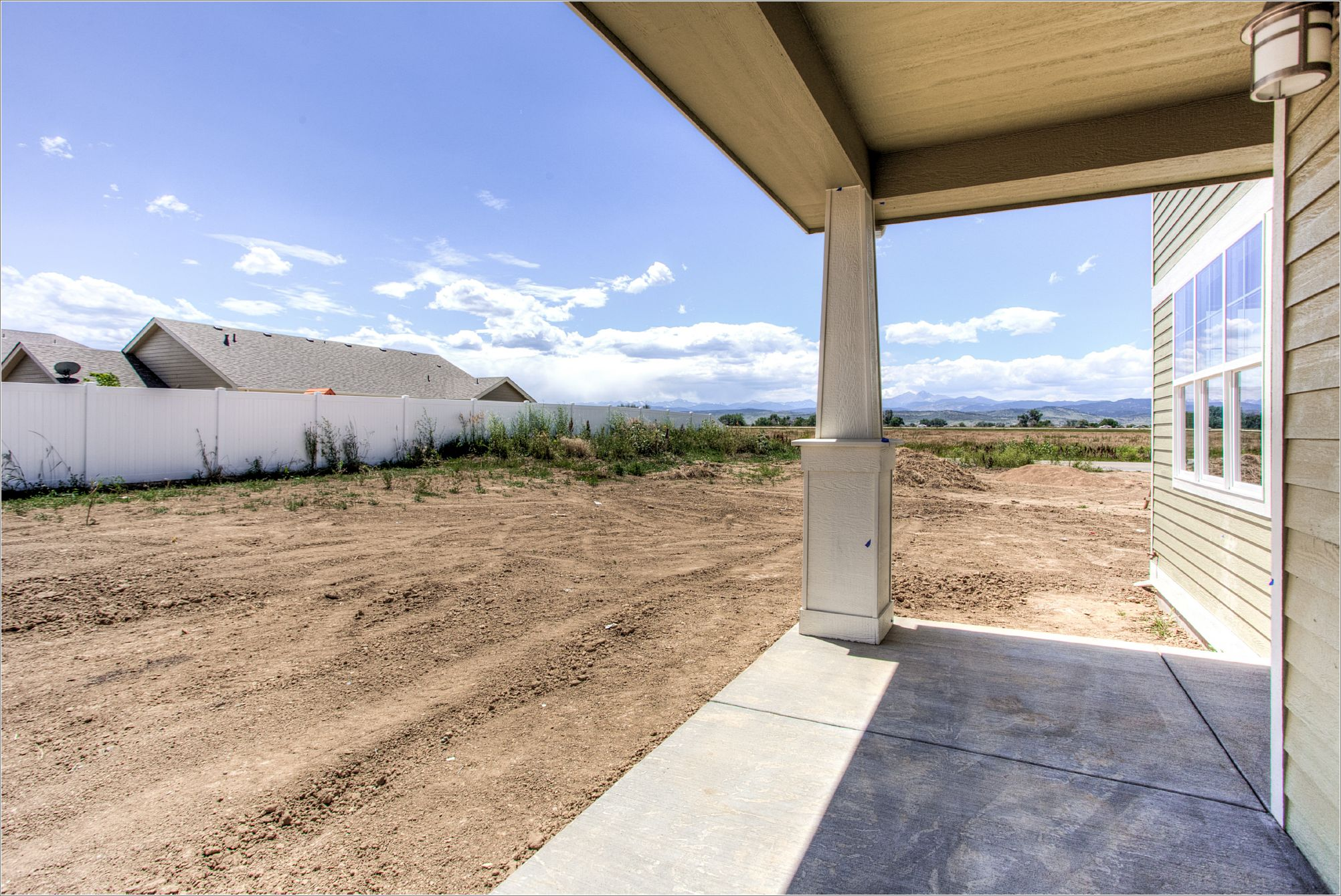 1643 Mt Meeker Dr_10_BackPatio.jpg