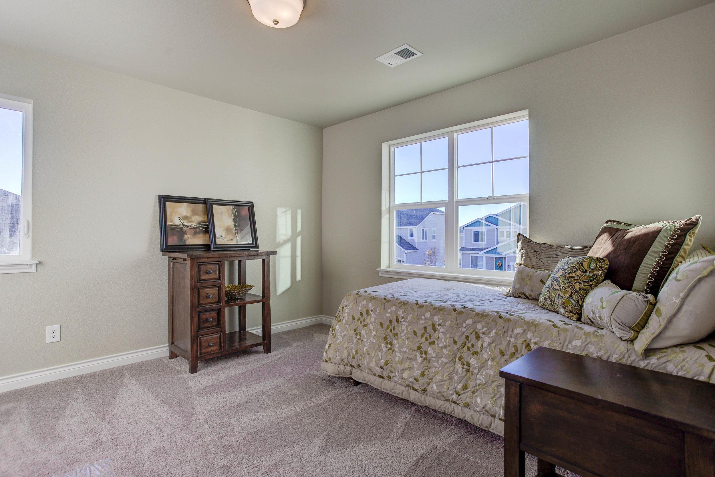 1600 Glacier Avenue_Bedroom03.jpg
