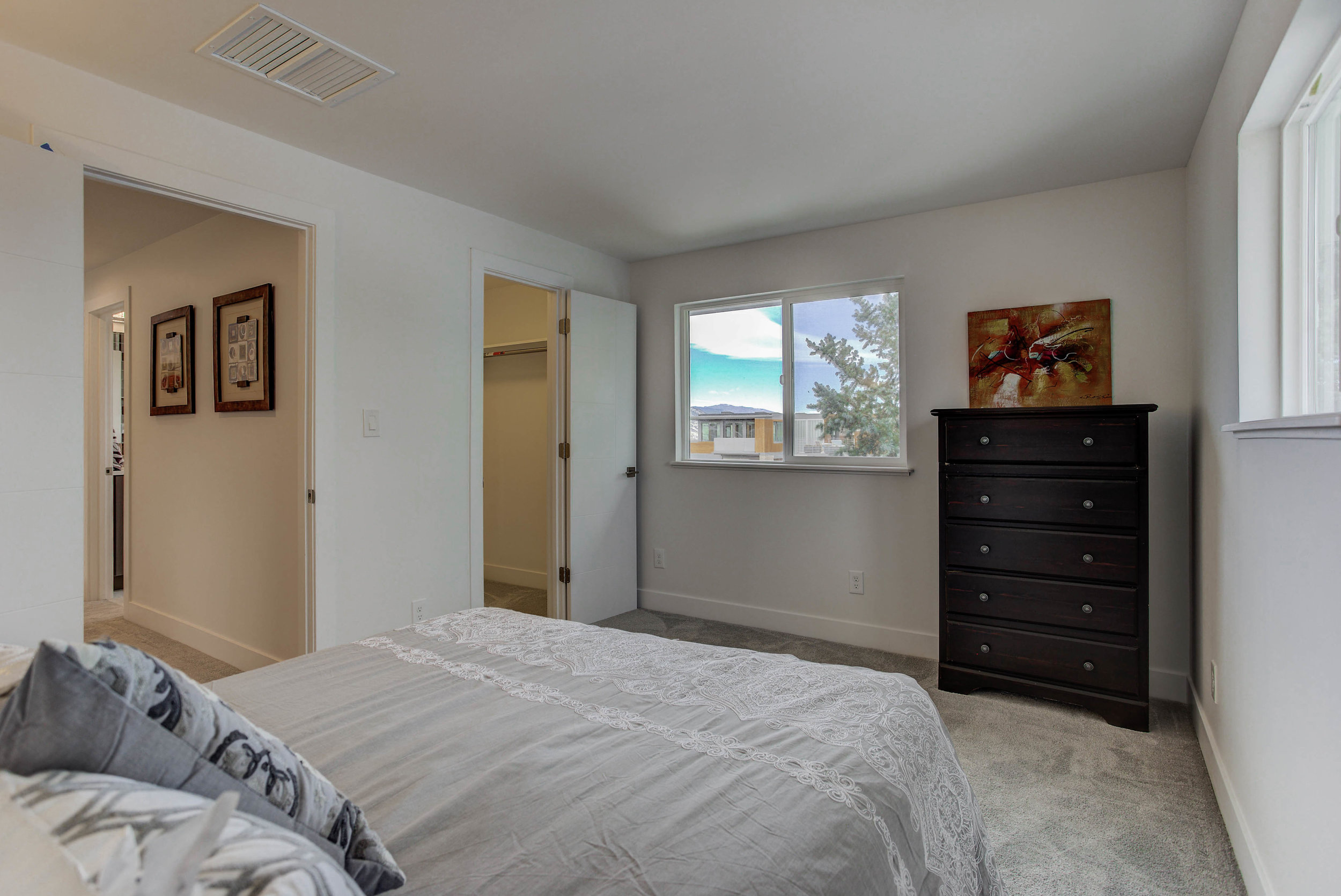 2250 Vassar Dr_Bedroom02B.jpg