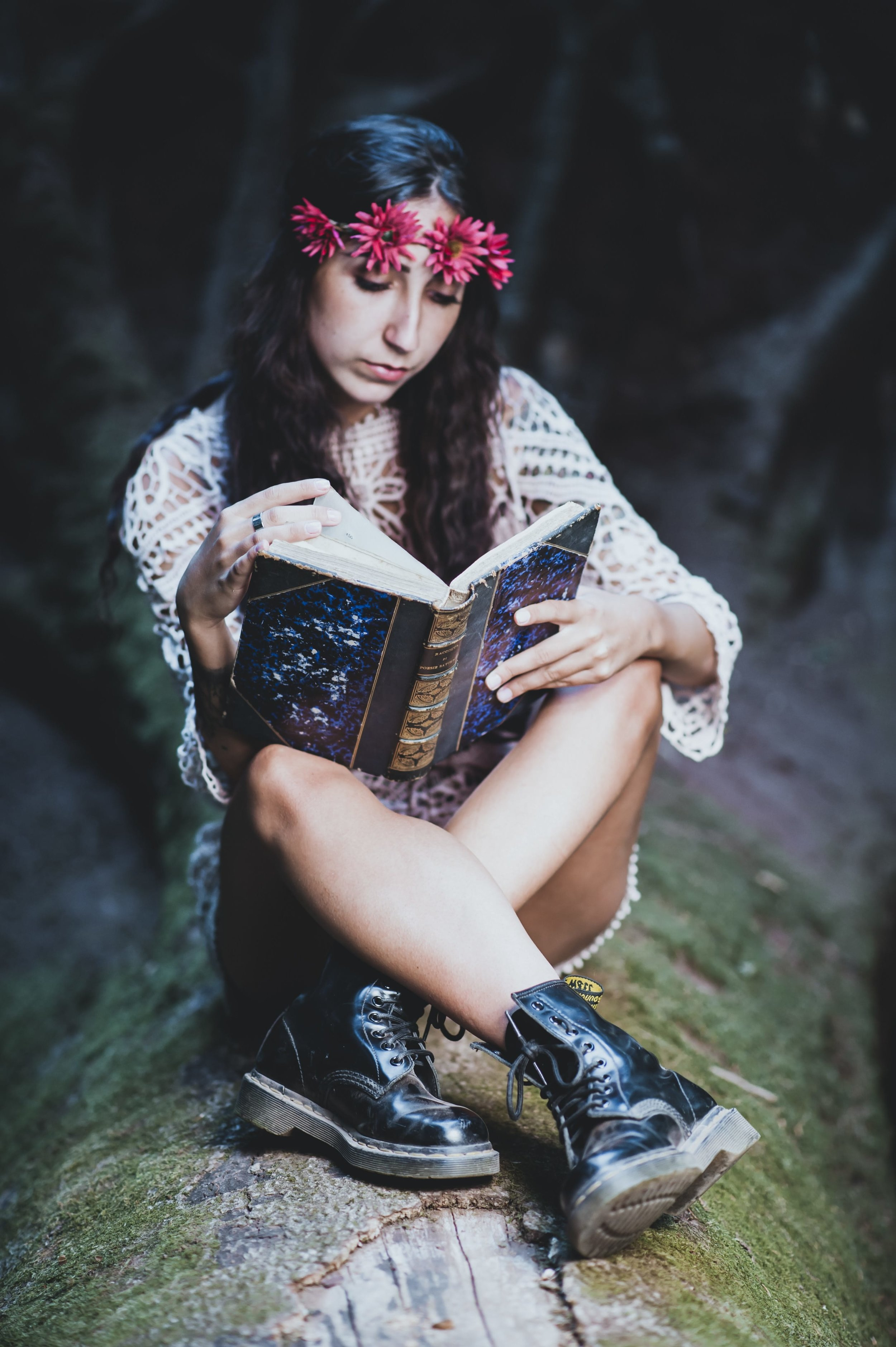 Tarot Journaling: 5 Ways It Can Make You An Amazing Card Reader // Witchcraft // Magic // The Traveling Witch
