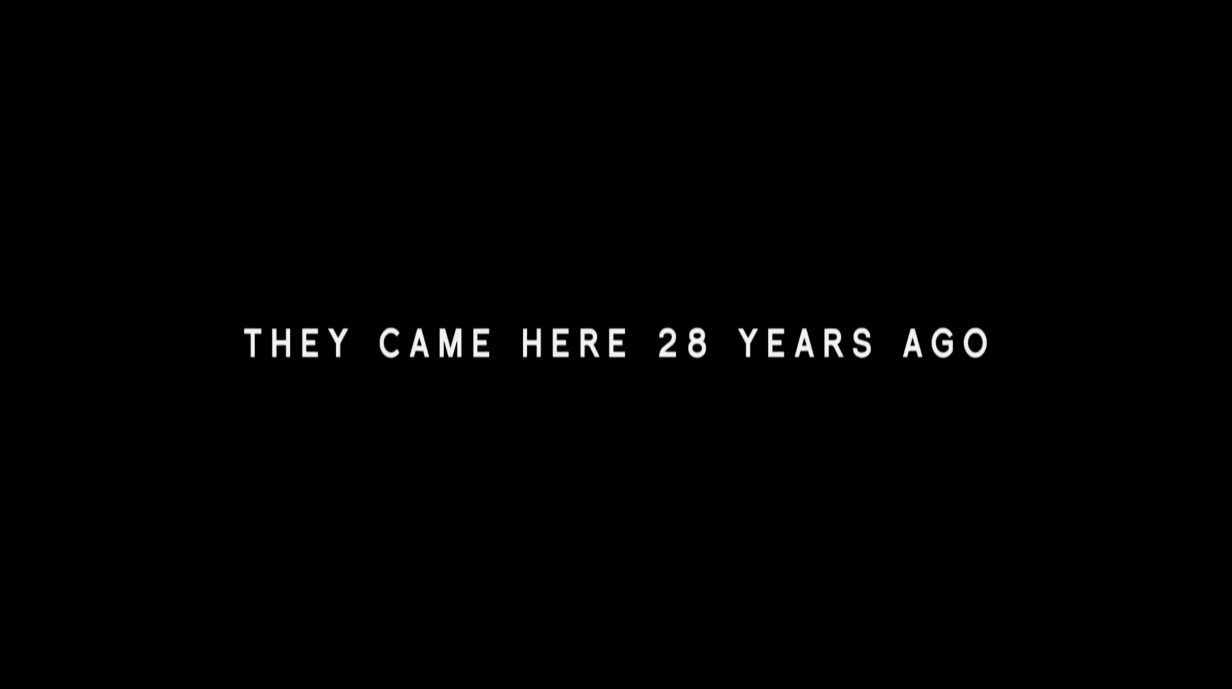 This title card from the trailer for  District 9  gives information no one says in the film.