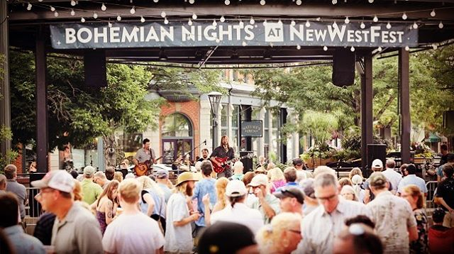 Black Moon Howl's first time playing Bohemian Nights at NewWestFest. We are so grateful for the love and support, and hope y'all feel loved and supported when you listen to us 🖤 🌑 🖤 #focomusic #newwestfest2019 #newwestfest #bohemiannights #music