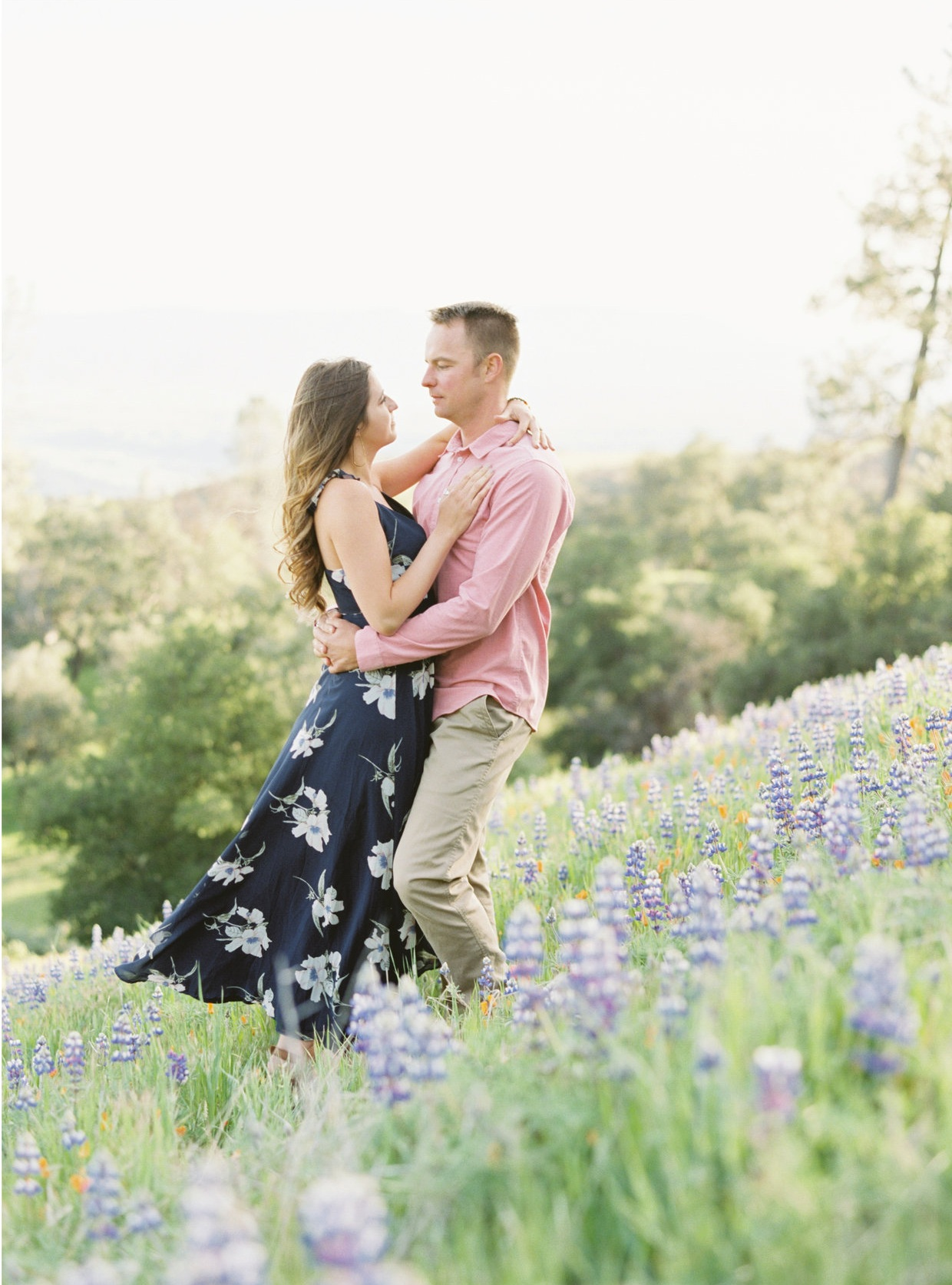 ENGAGEMENT SESSION    FIGUEROA MOUNTAIN    VIEW GALLERY