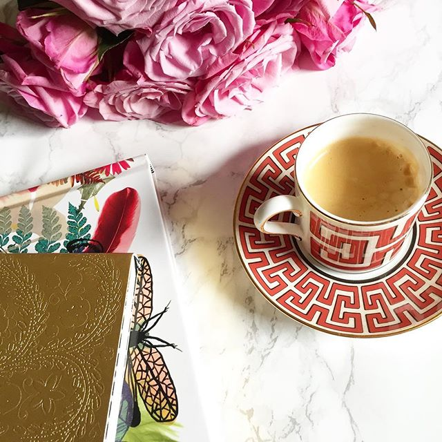 Espresso. Flowers. Bullet list. Let's do this!! 💃🏼✨💕