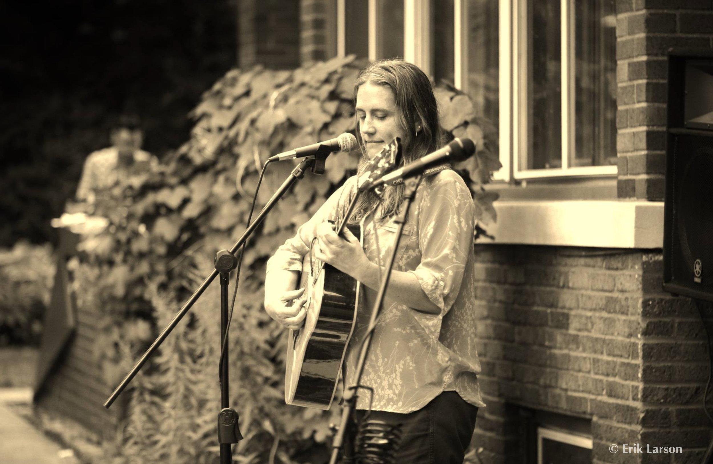 2016 Jennifer Levenhagen, Acoustics in the Sun at Squalid Manor, photo by Erik Larson (c).jpg