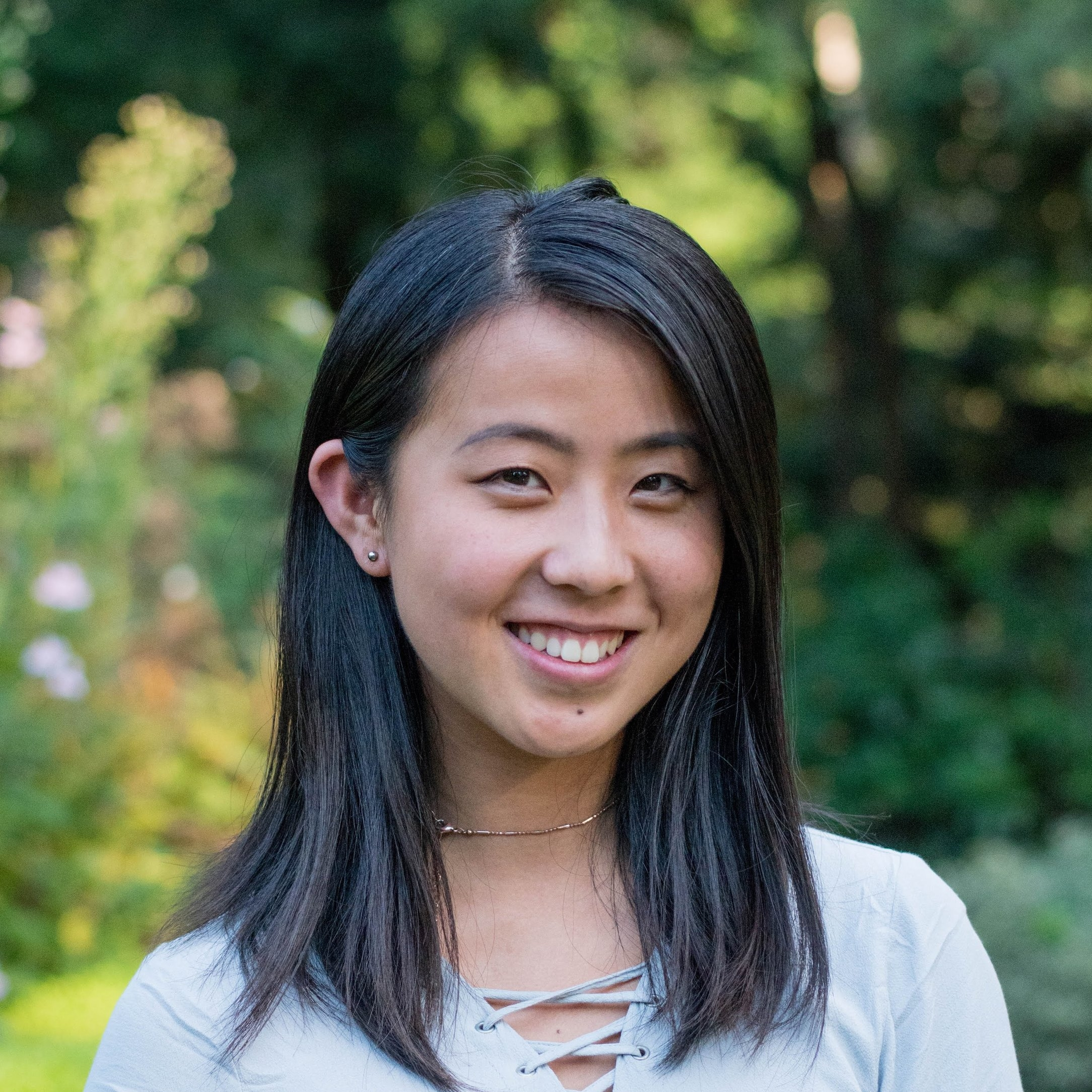 Alyssa Cai '20    Alyssa is a freshman from Jackson, New Jersey (AKA Six Flags Great Adventure) currently interested in doing ELE. Enjoys aesthetics, oversized sweatshirts, and tea. Despises kale chips, chemistry, and writing in complete sentences.
