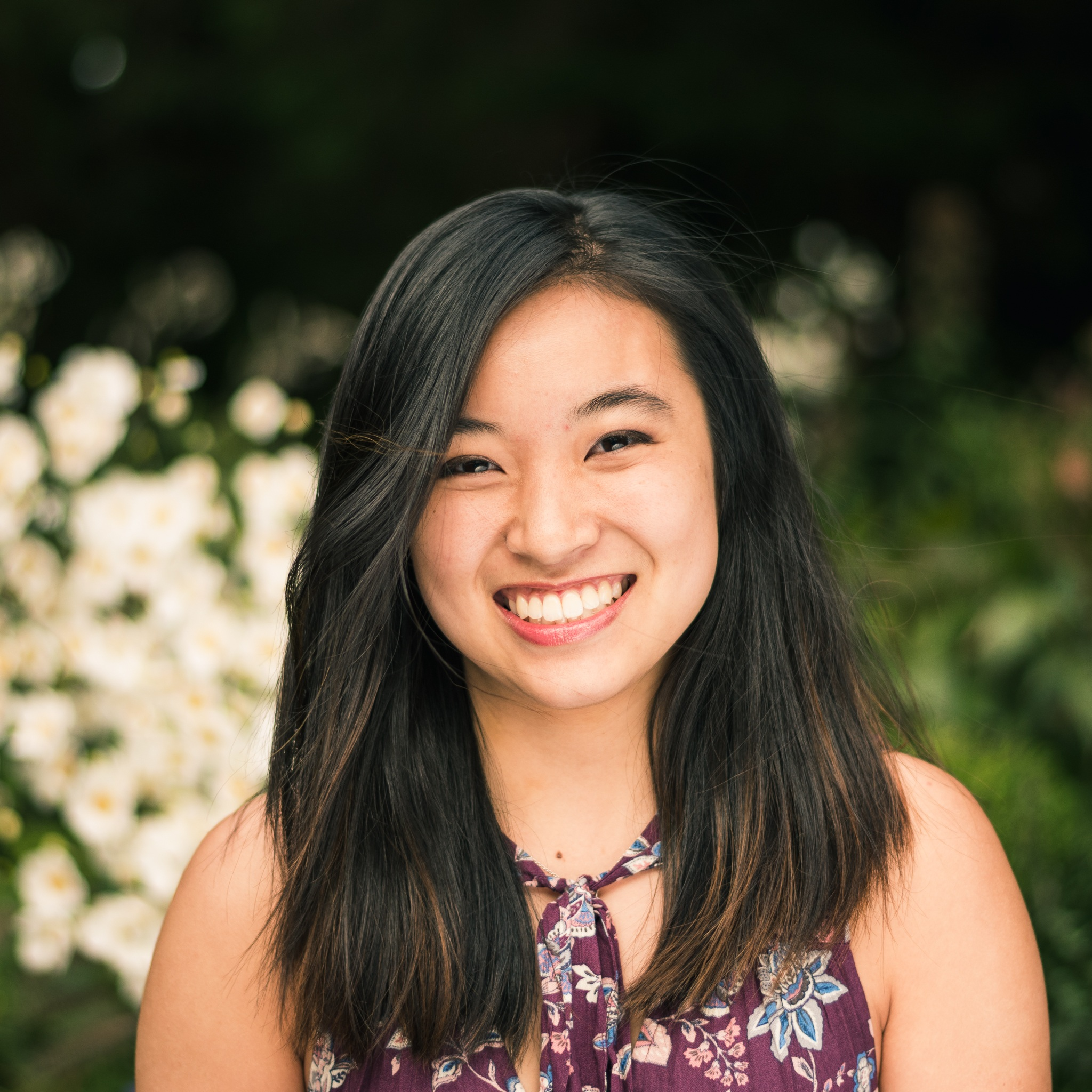 Amanda Cheng '20    Amanda Cheng is from Mendham, New Jersey and contributes to the typical PPE profile of an engineer (MAE!) from Forbes. She is in love with pink, boots, physics, elephants, peaches and the universe (but they're indifferent and she sadly never eats peaches). She also loves birdwatching and a good story.
