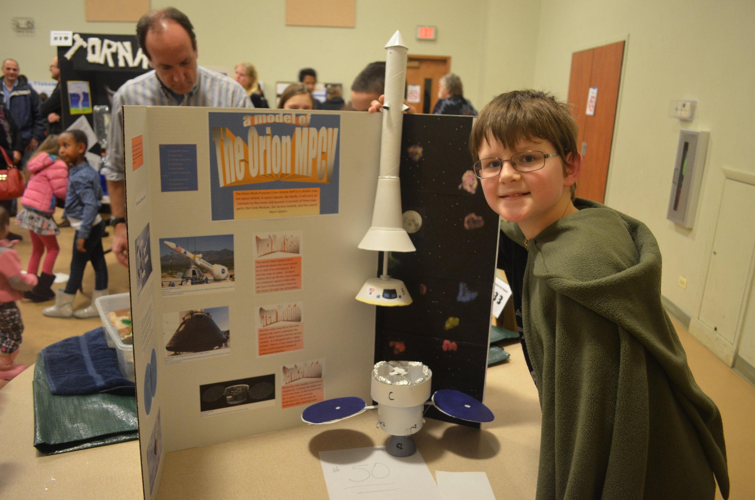 2015 - Feb 6 - Science Fair 025.JPG