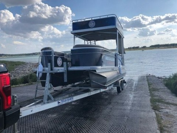 Summer is almost over, but it's not too late to get out on Texas waters. Who else has weekend plans? 🛥️⠀ •⠀ •⠀ •⠀ •⠀ •⠀ •⠀ #boating #weekend #TGIF #roofing #committedtoquality #roofingcontractor #roofinghelp #aaconstruction #committedtoquality #YourRoofingTeam #AACRockportStrong #generalcontractor #licensedcontractor #warranty #premium #localgeneralcontractor #lifeadvice #corpuschristitx #freeinspections #texascompany #happyteam #teamwork #BBB #247service #WeLoveOurCustomers