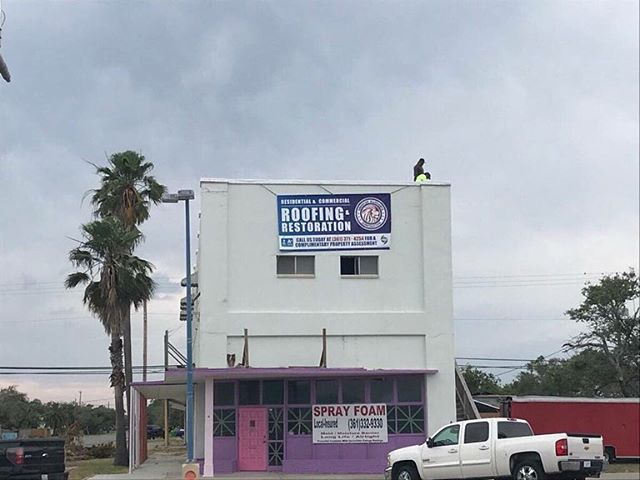 Did you know we professionalize in both residential and commercial roofing? Here's a roofing project we recently did in Aransas Pass, TX that's TPO material.  We love seeing happy customers!