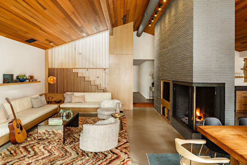 Dwell Magazine - Before and After: A Midcentury Lakeside Home Receives a Stunning New LookMarch 2018