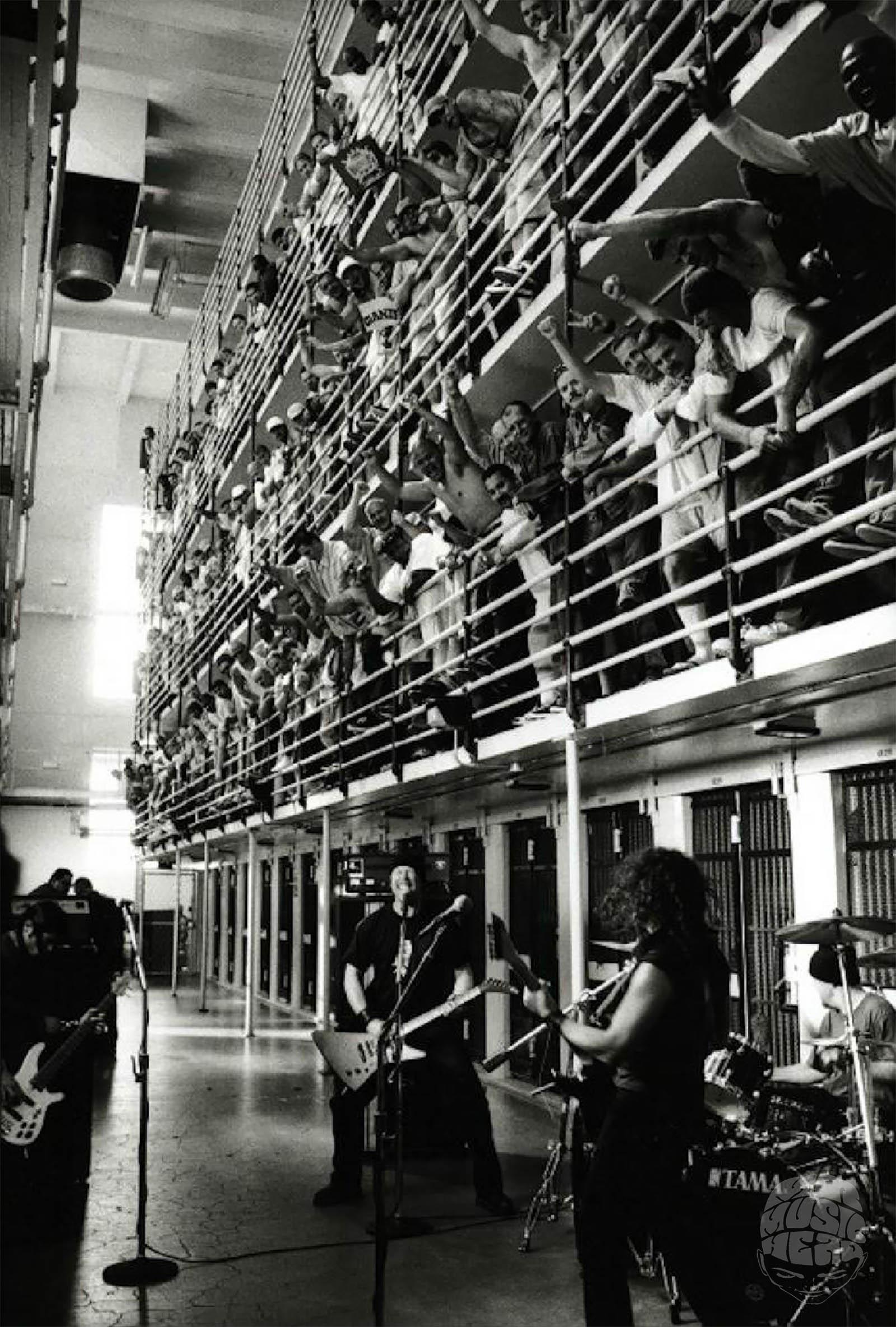 Danny Clinch_metallica_prison.jpg
