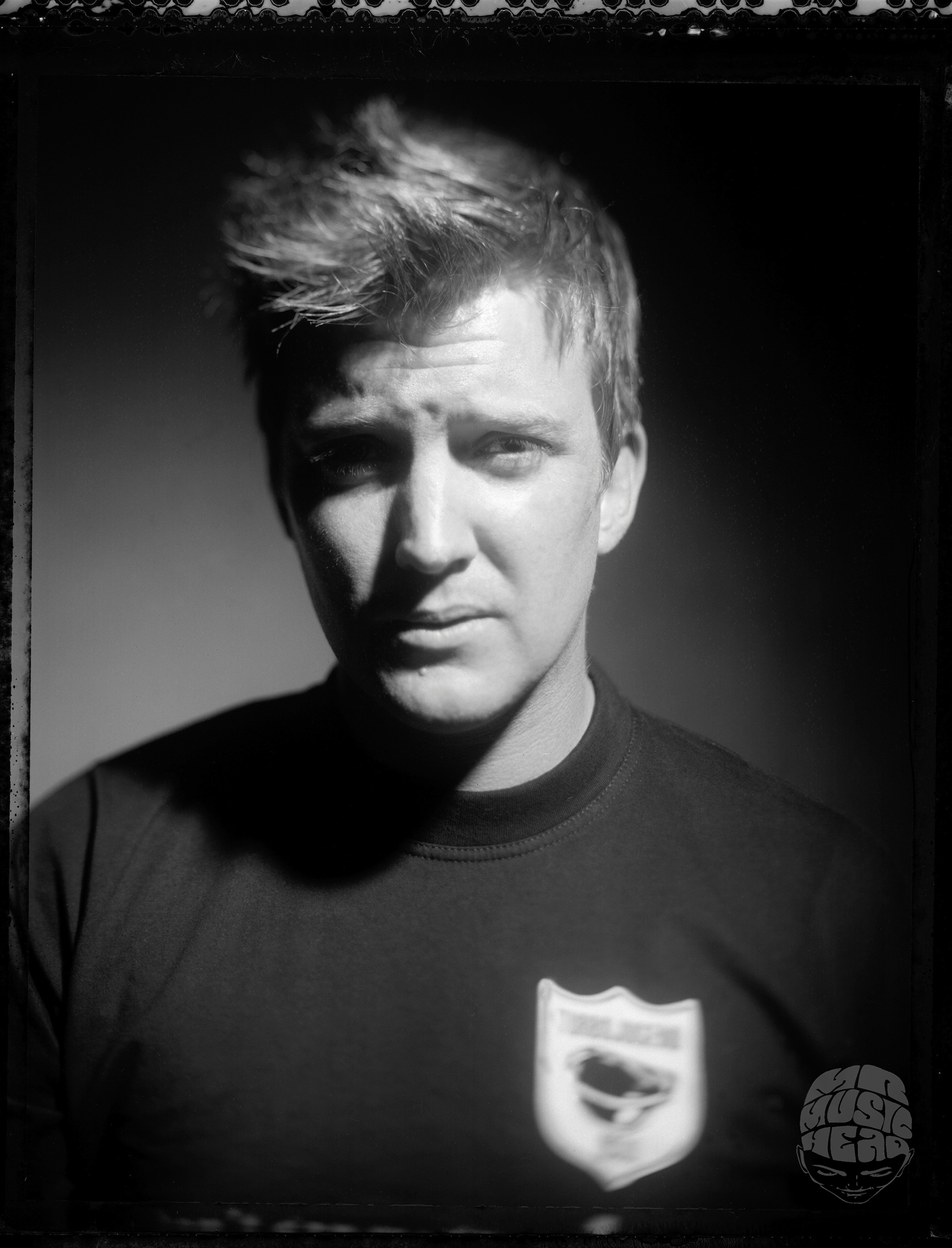 steven dewall_Queens of the stone age_josh homme.jpg