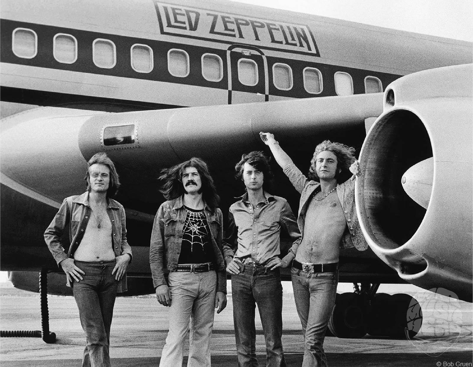 bob gruen_led zeppelin airplane.jpg