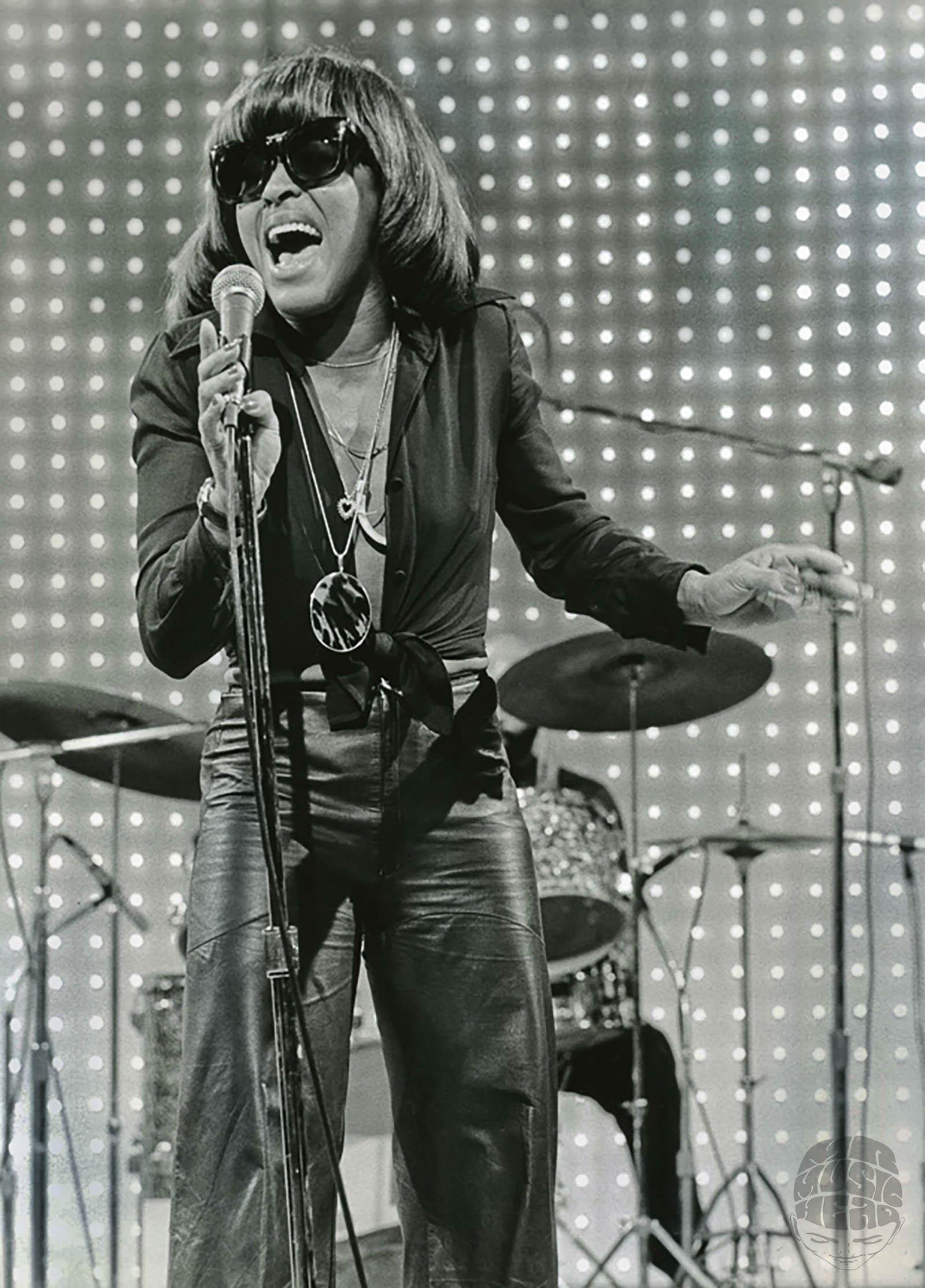 Greg Papazian_Tina Turner.jpg
