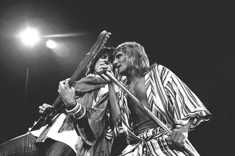 robert-knight-rod-ronnie-honolulu-1973.jpg