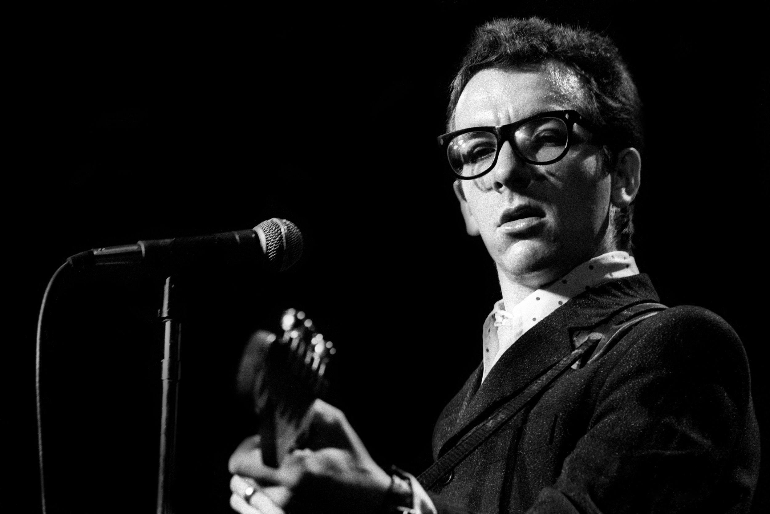 Richard E. Aaron L-4 Elvis Costello 1.jpg
