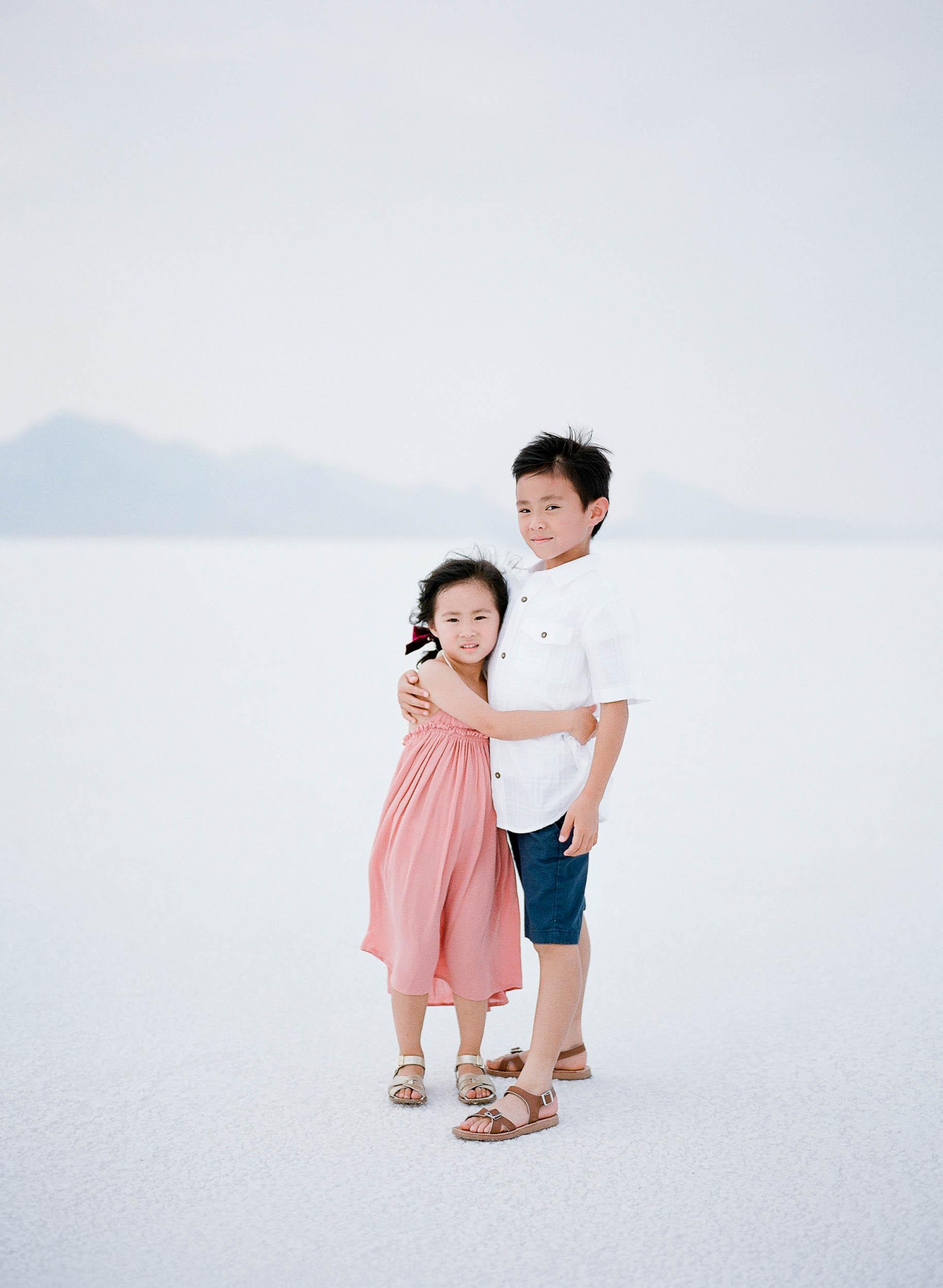 070918_Sandy A La Mode_Family_Utah Salt Flats_Buena Lane Photography_F400_58.jpg