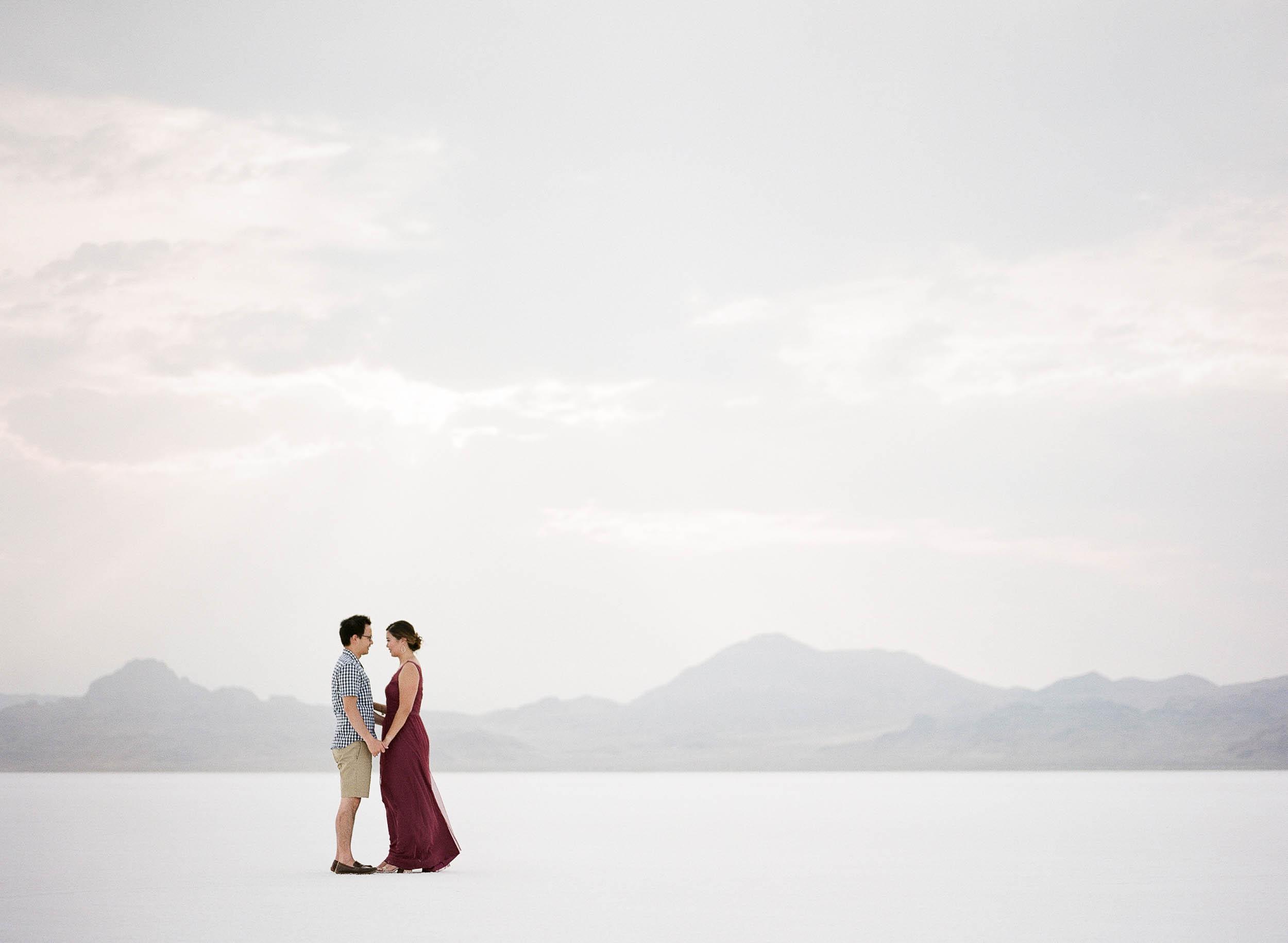 070918_Sandy A La Mode_Family_Utah Salt Flats_Buena Lane Photography_F400_45.jpg