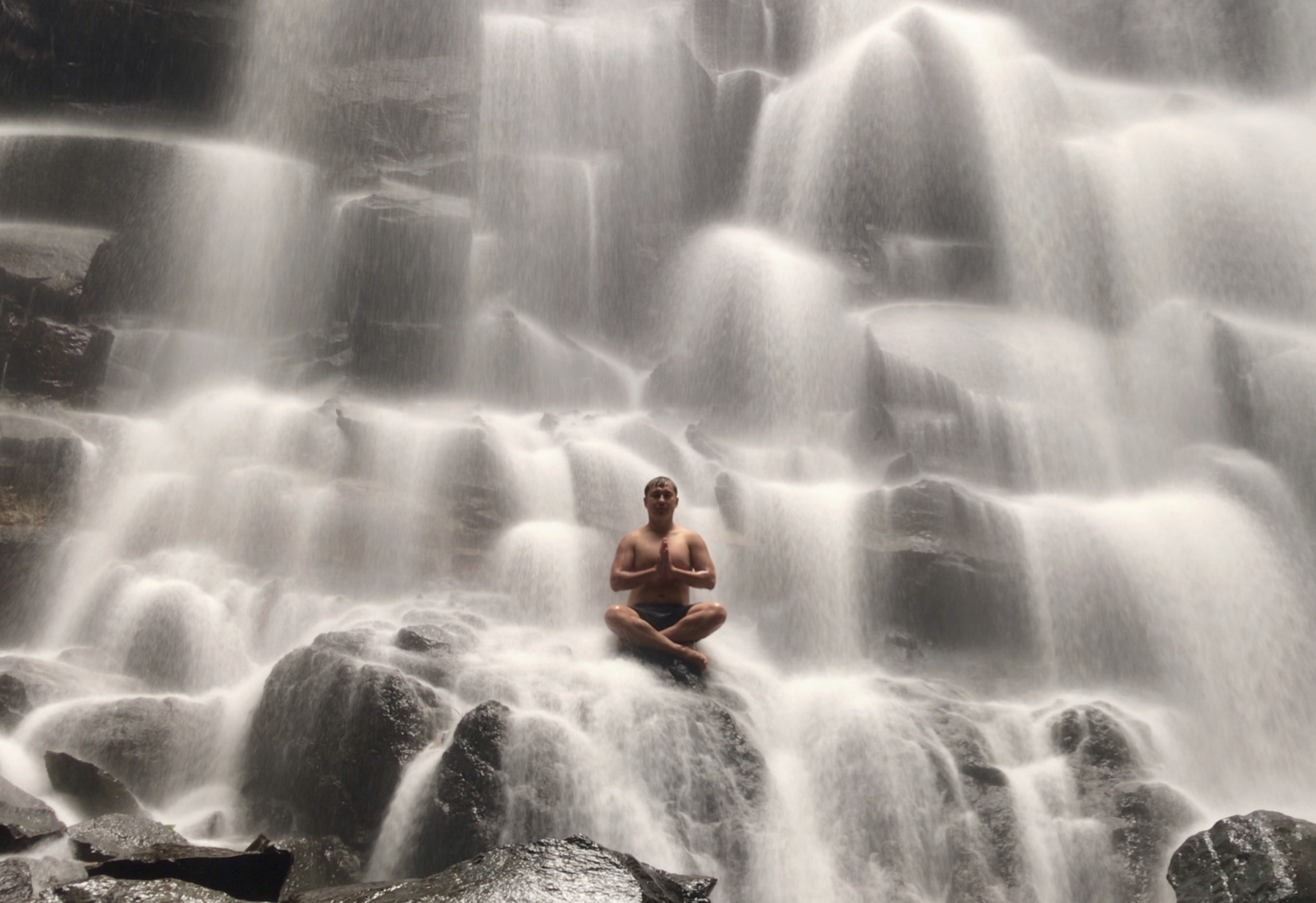 Waterfall 2292.jpg