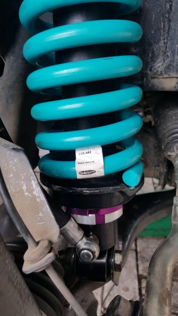 Dobinson MRR shock absorber nissan navara np300 by raptorsmotorsport (13).jpeg