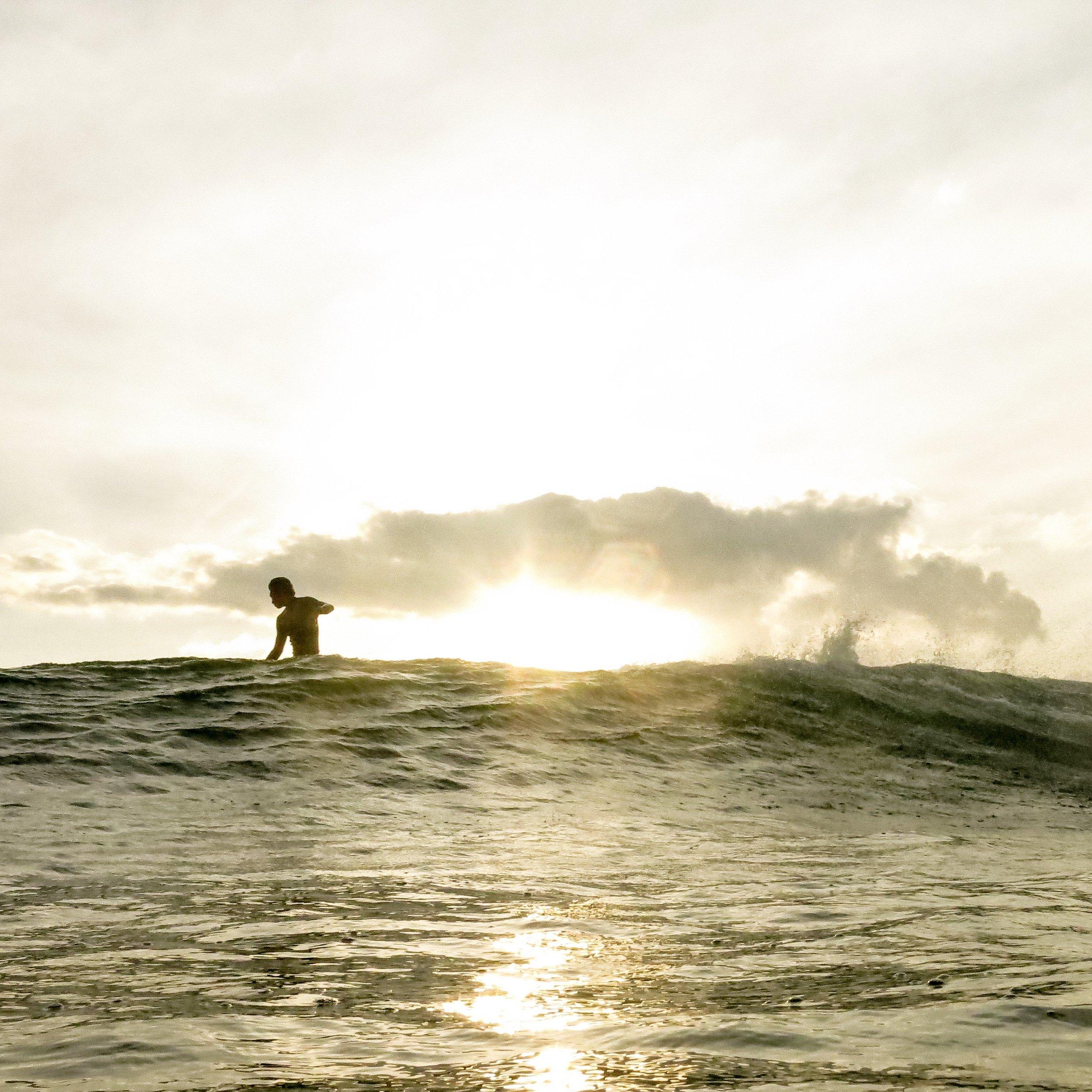 sunrise_surf_bali