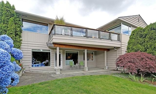 7000 52nd Ave NE, Seattle · $1,040,000 · mls 966137