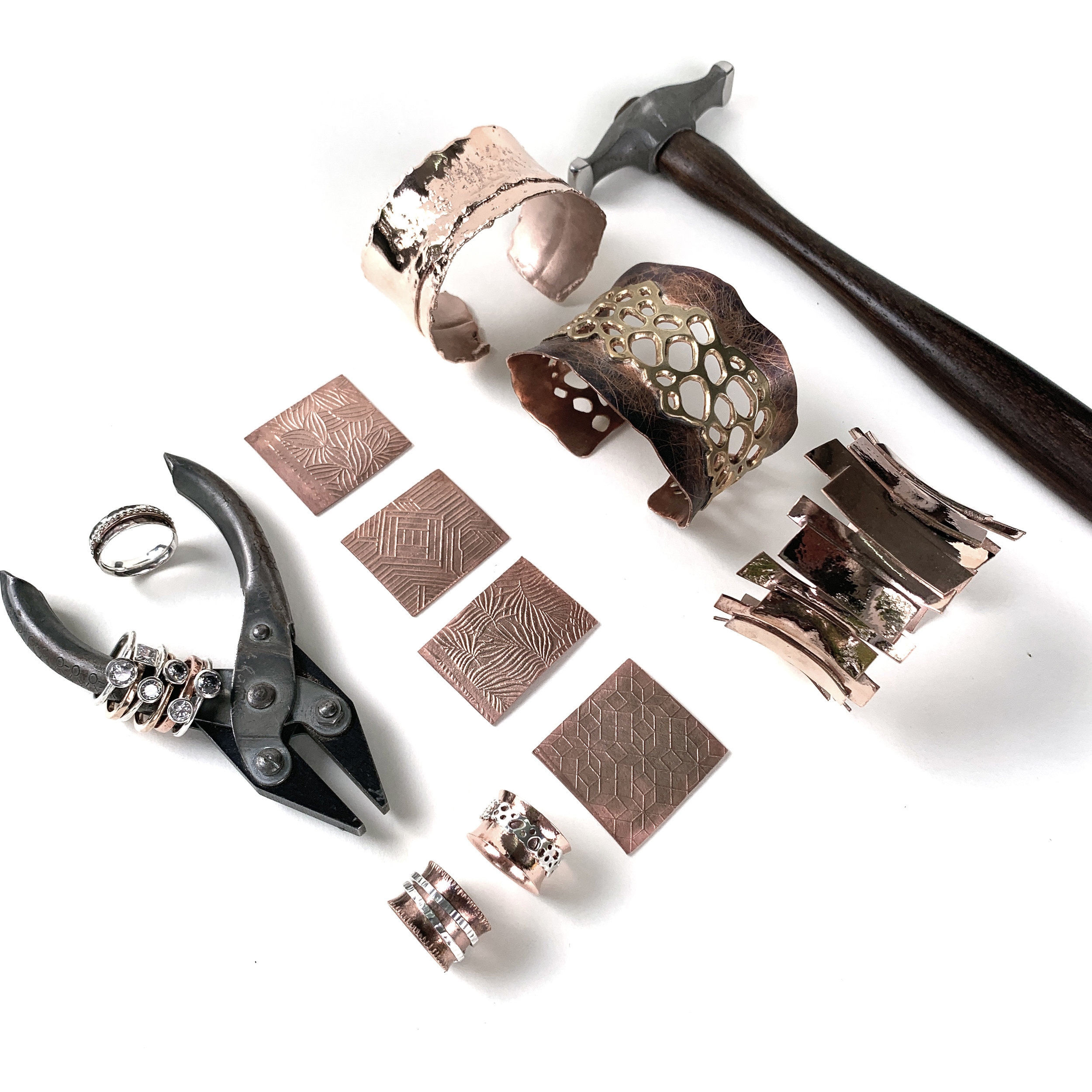 Jewellery Making Level 2 - Forging, texturizing, advanced soldering, fabrication, bezel setting - for jewellers who are already confident with the basics