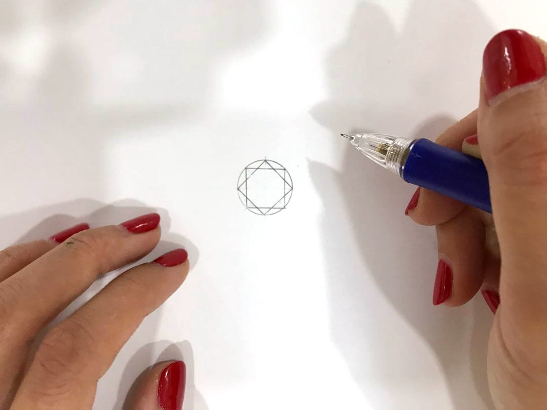 learn how to draw round brilliant gemstone
