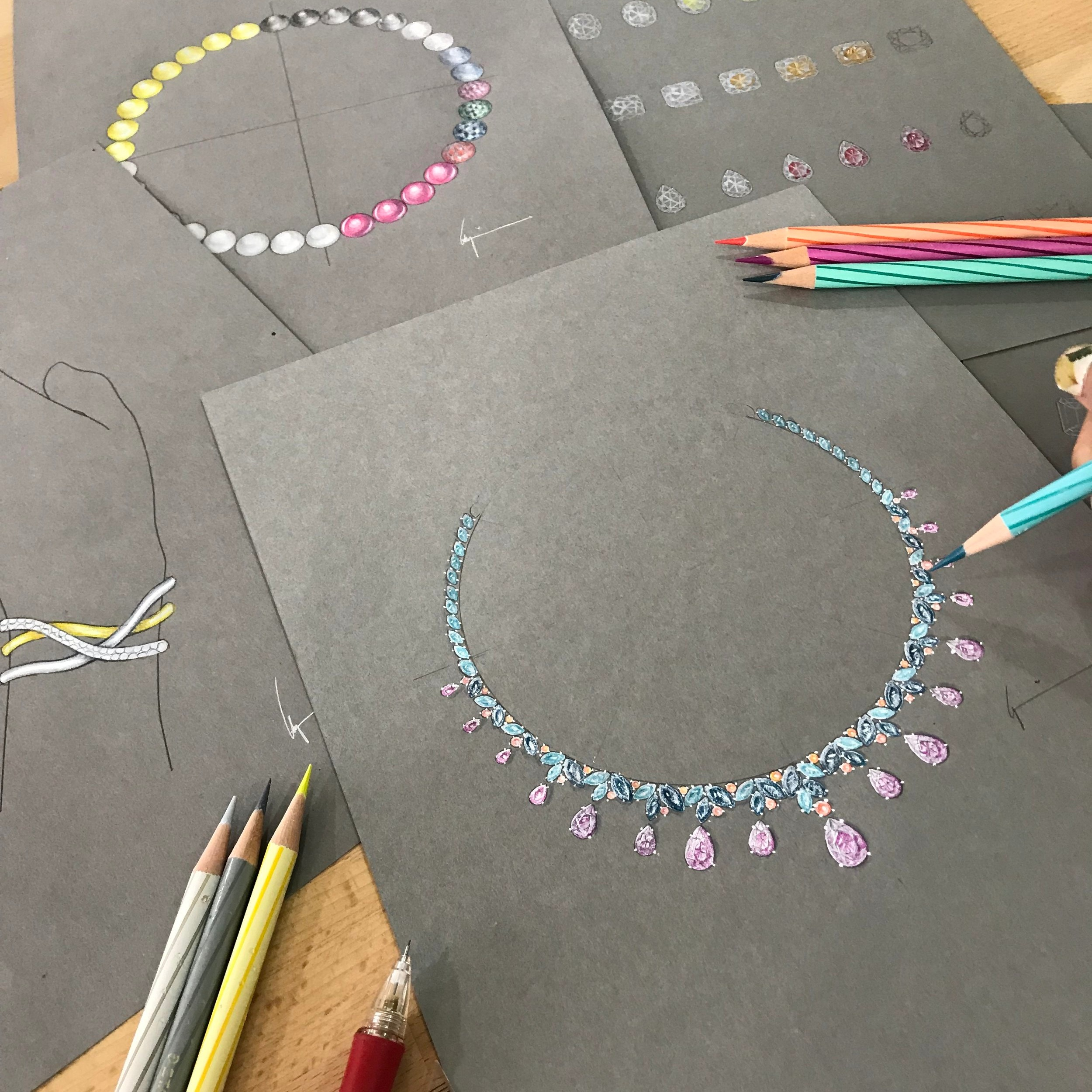 Jewellery Design Level 1 - This 6-day course covers drawing and rendering metals and gemstones using coloured pencils