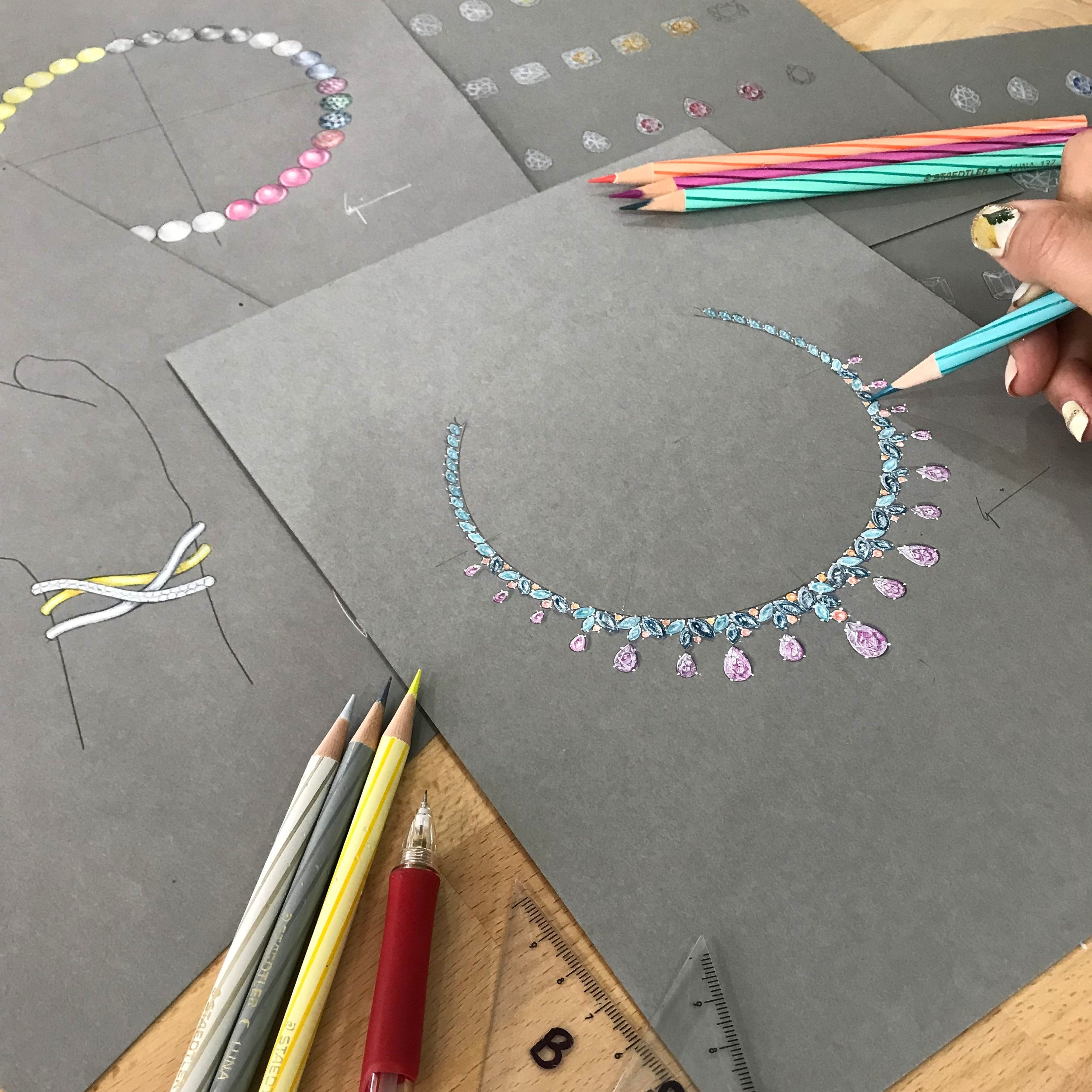 Jewellery Design and Rendering Level 1 - 6-day course covers drawing and rendering metals and gemstones using coloured pencils