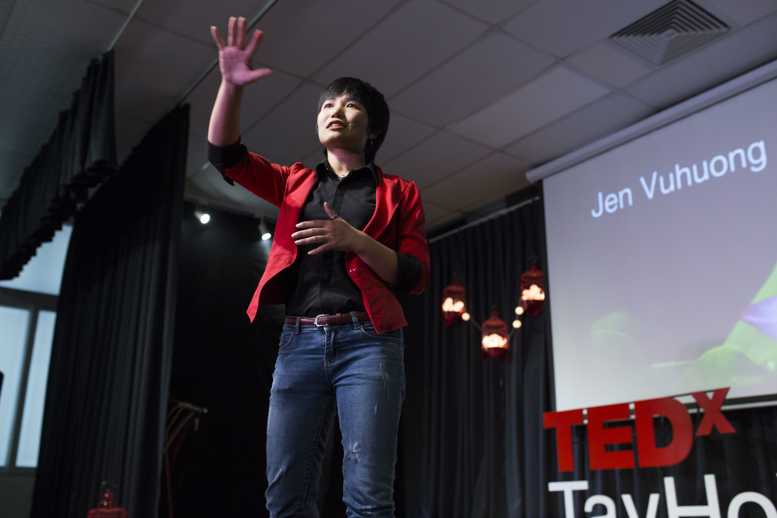 Jen Vuhuong - author of 5 books     Tedx    speaker;     Trainer    at Spark!lab Leadership and Innovation program sponsored by the US Embassy;     Winner    of Public speaking contest organised by American Embassy;     Winner    of International Speech Contest in Vietnam and Penang, Malaysia;     Winner    of Humorous and Evaluation contest in Hanoi speakers;     Key presenter    at Collaborative leadership conference in Bradford University in the UK and Enterprise conference in Hue University in Vietnam;     Keynote speaker at    HViet program and AIESEC Youthspeak and Leadership from below organized by the UK Embassy      Read Jen's full bio