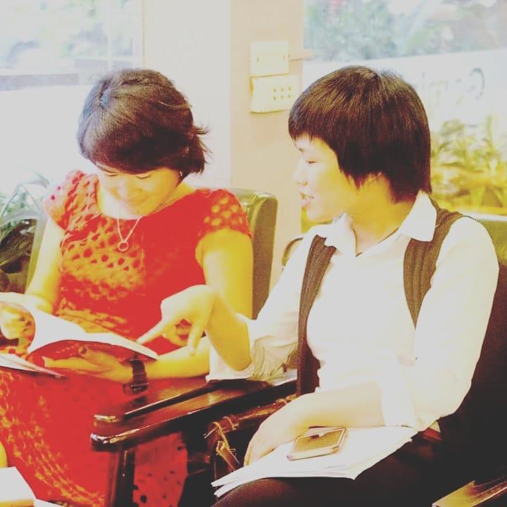 with author Kim Ngan