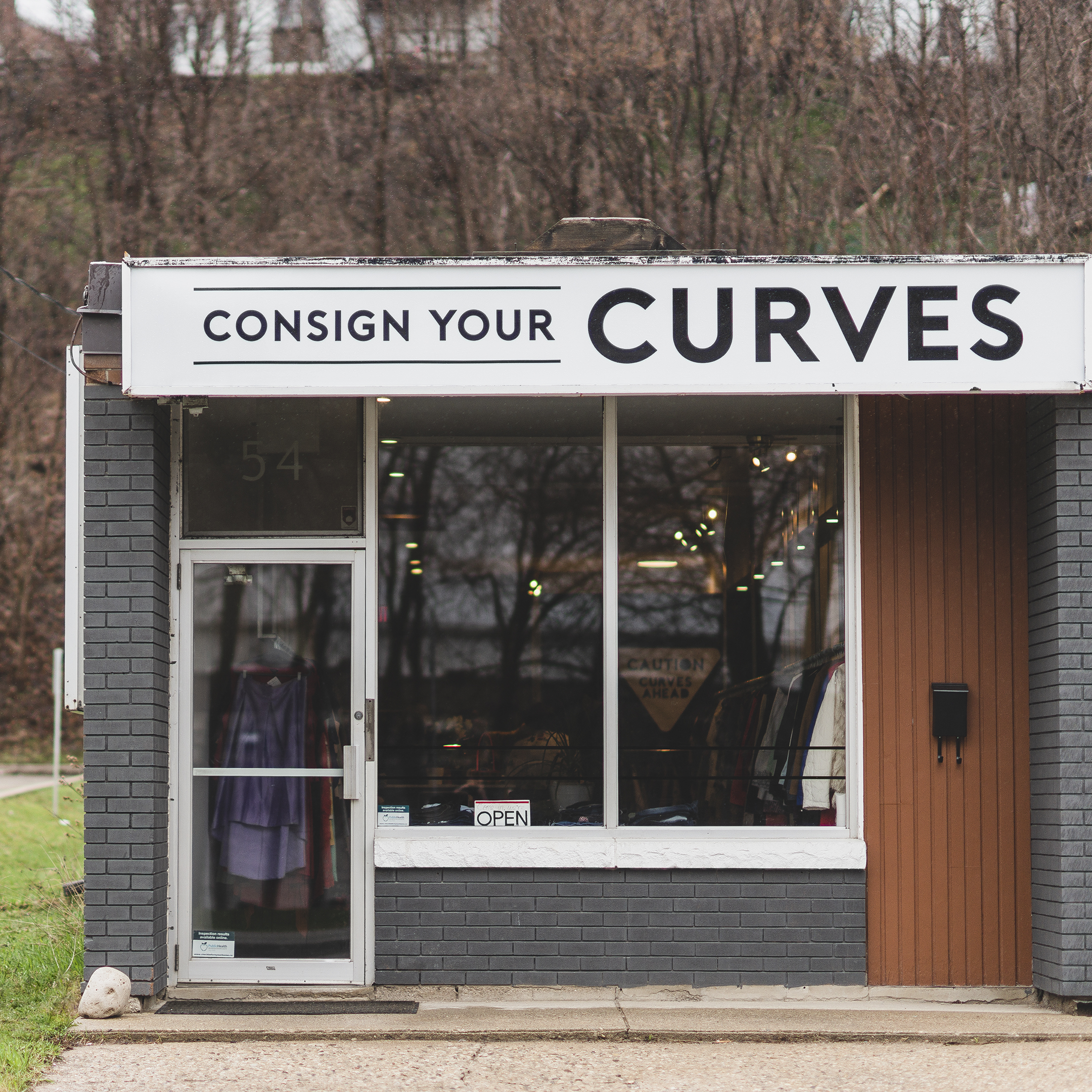 Consign Your Curves  - 54 Elizabeth Street, Guelph, ON