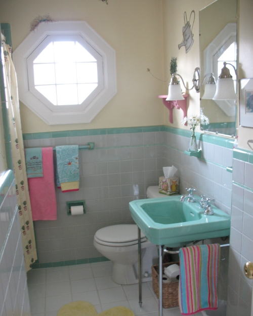 Before-Ground floor bathroom 2.JPG