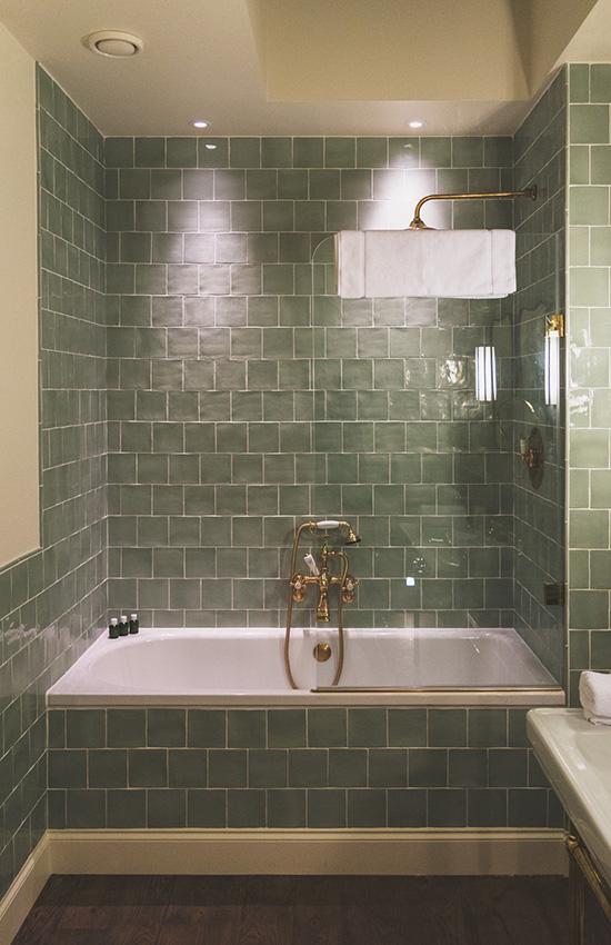 Limewood-Attic-Room-Renovations-17-Bath.jpg