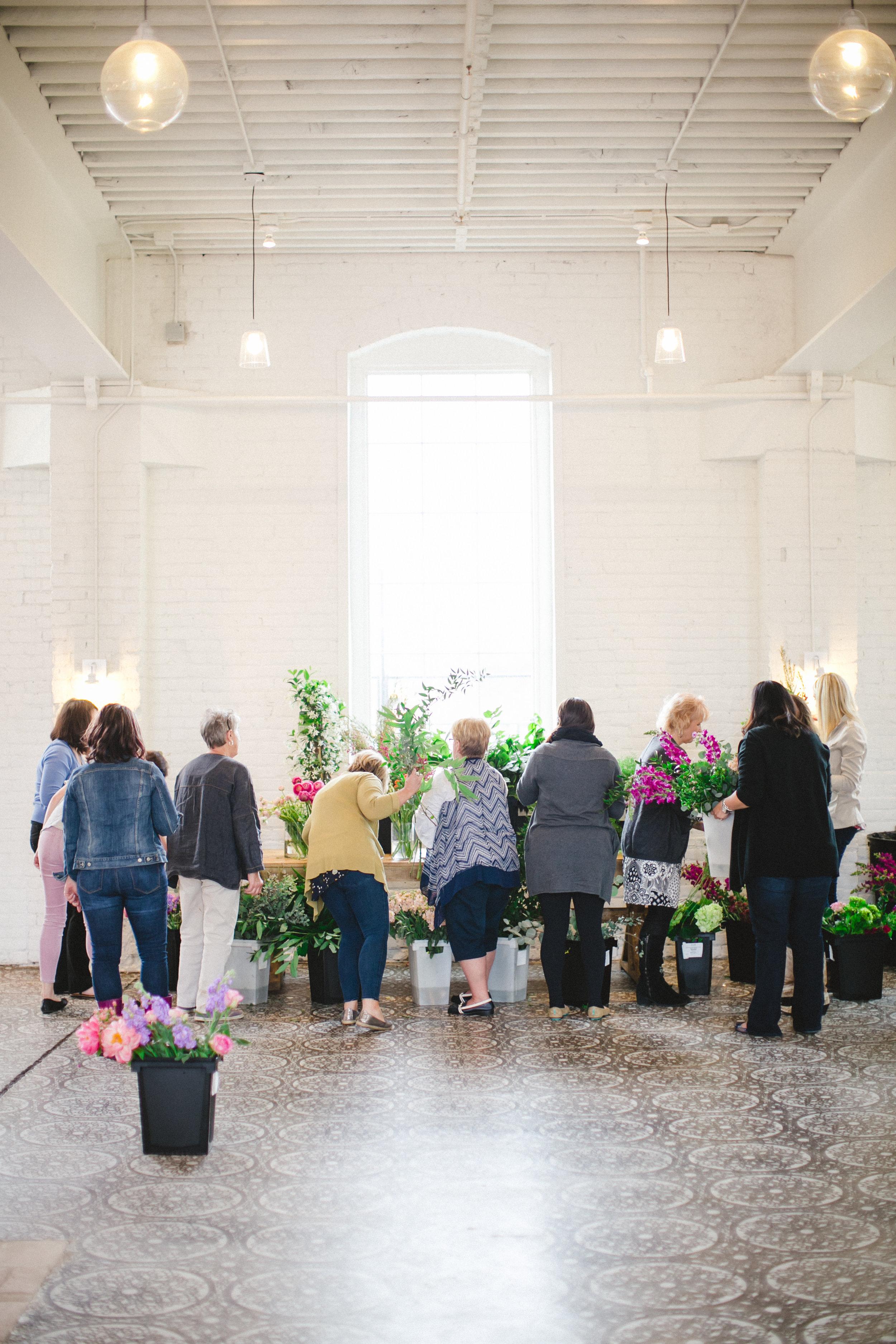 by Aimee Jobe Photography Bloom Designs Flower Workshop Brainerd-11.jpg