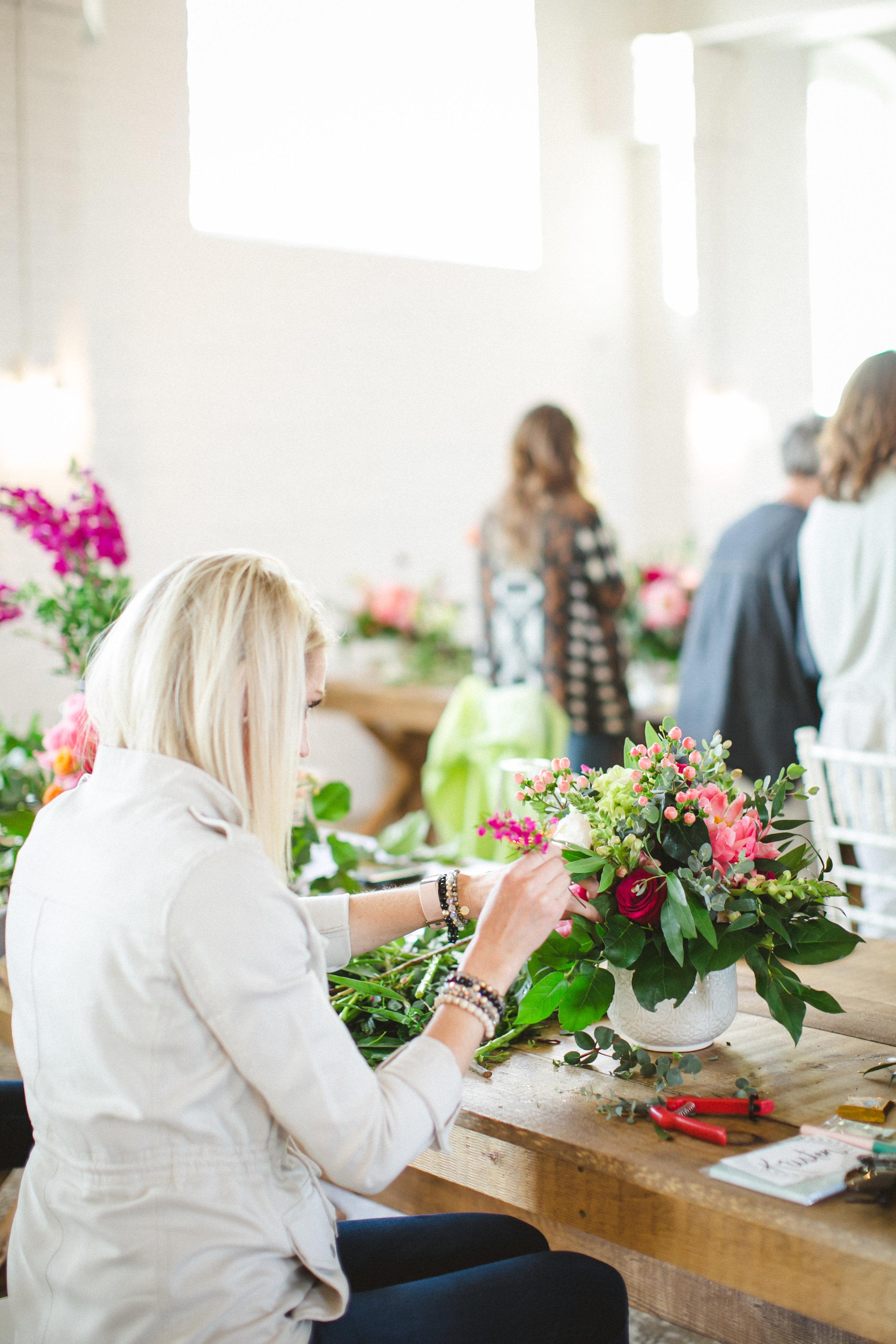 by Aimee Jobe Photography Bloom Designs Flower Workshop Brainerd-15.jpg