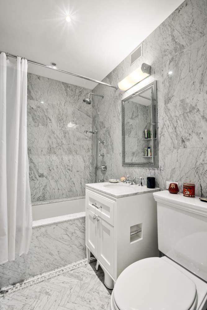 One Fifth Avenue Apt. 10D 2nd Bathroom