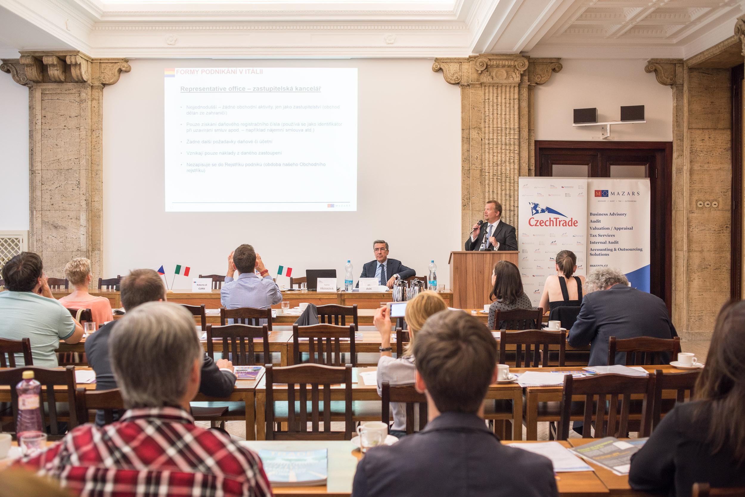 Seminar: Forum Italy