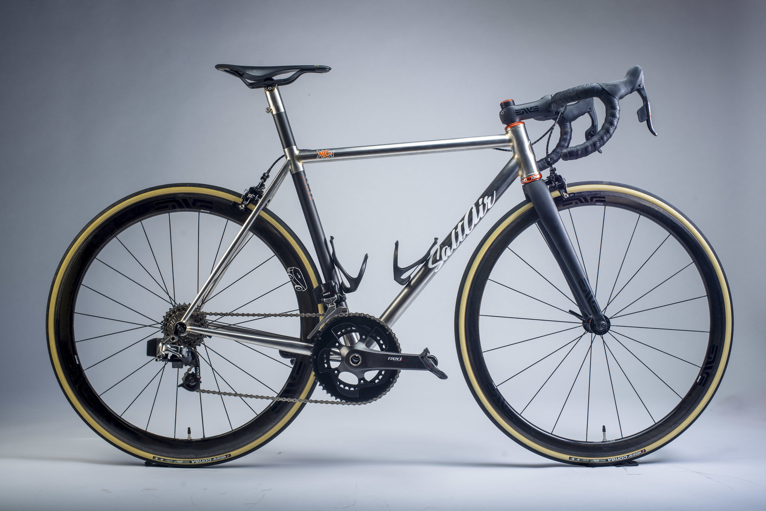 Stainless Steel/Carbon Road