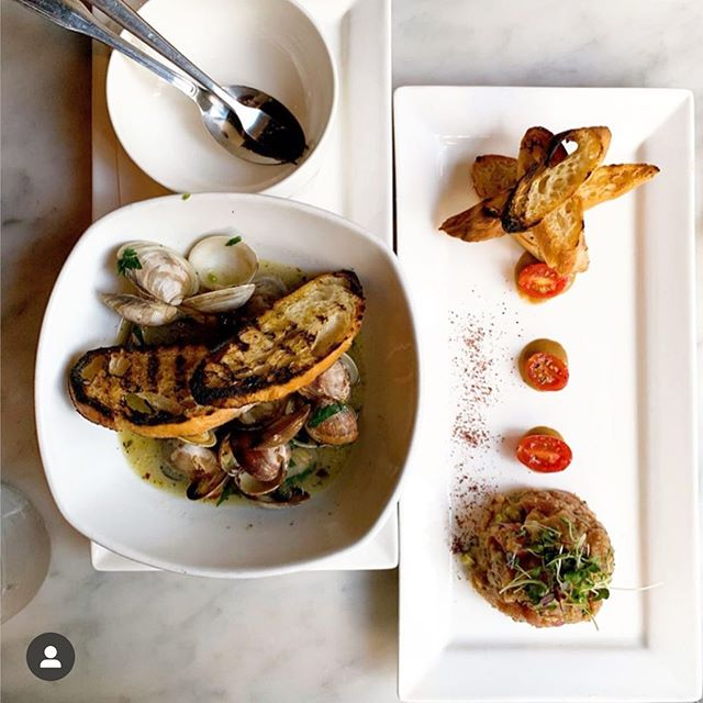 Customer Favorites by @spoonfulofeva: ✨Fresh Manila Clams ✨Tuna Tartare