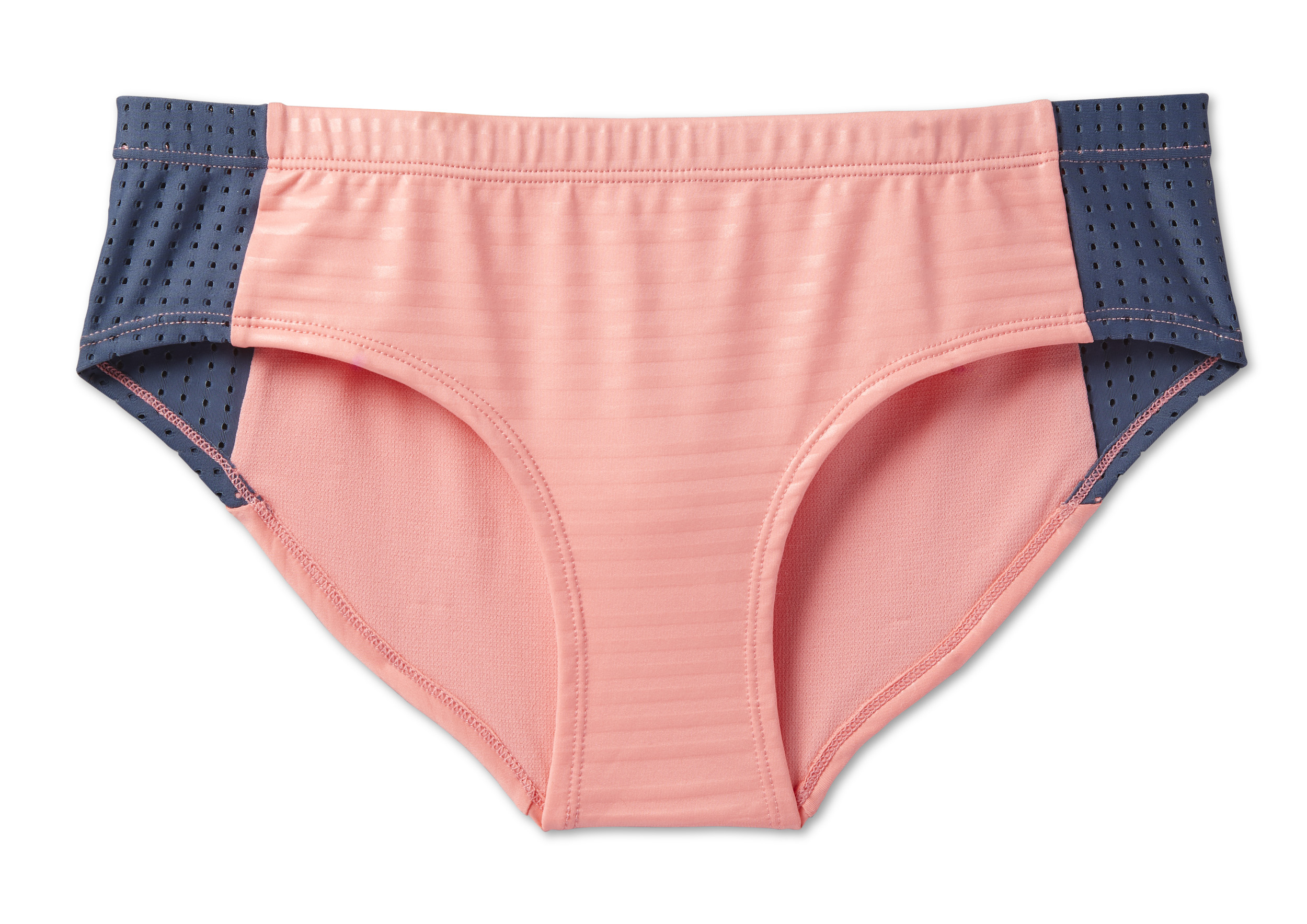 21ce7e868ce19 Nike Swim's Women's SS19 Recreation Collection is Built to Flow Free ...
