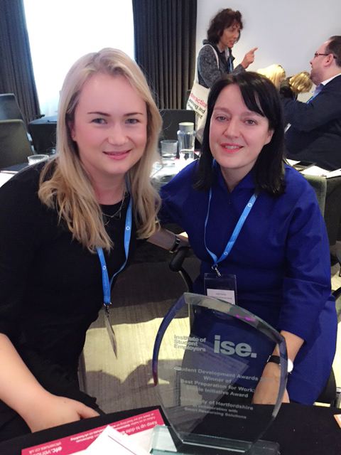 award win for Smart Resourcing Solutions