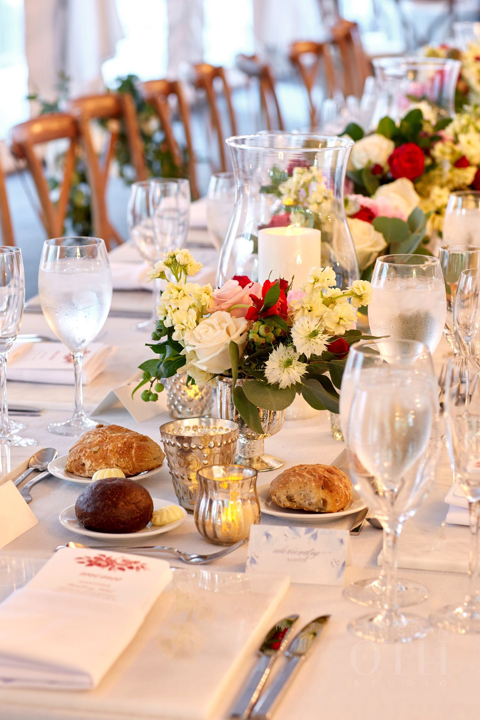 Head table views.  Photo by Glen Allsop for Christian Oth Studio.